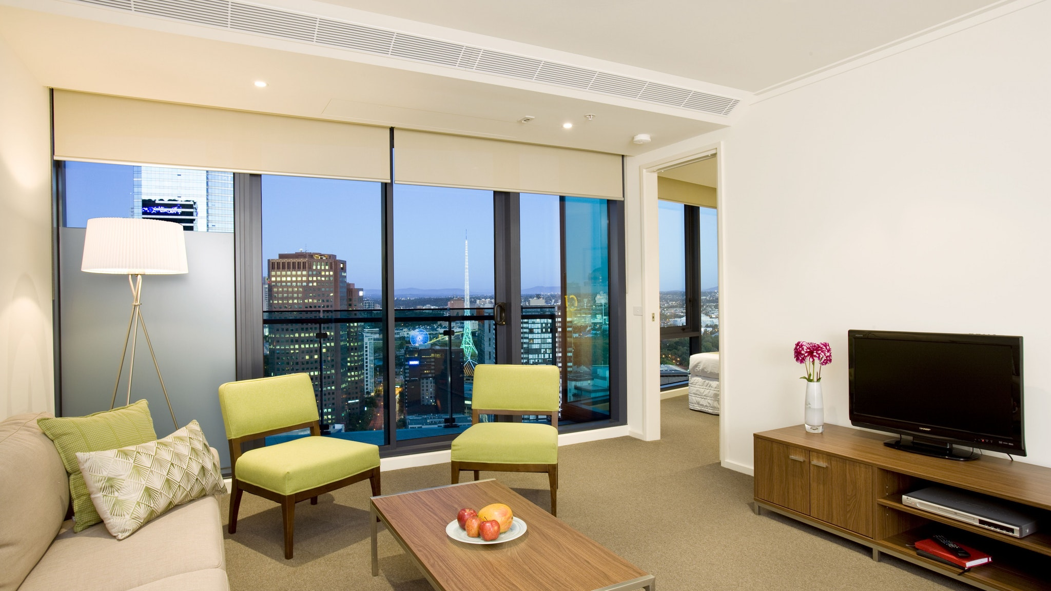 Melbourne Short Stay Apartments at Southbank One ...