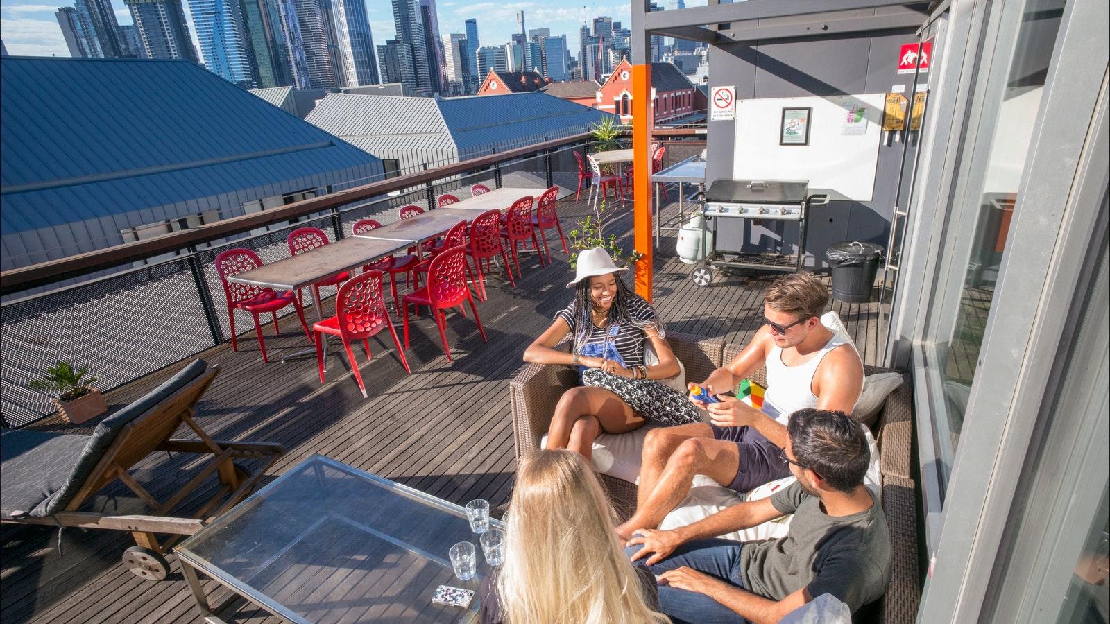 Melbourne Metro YHA Rooftop