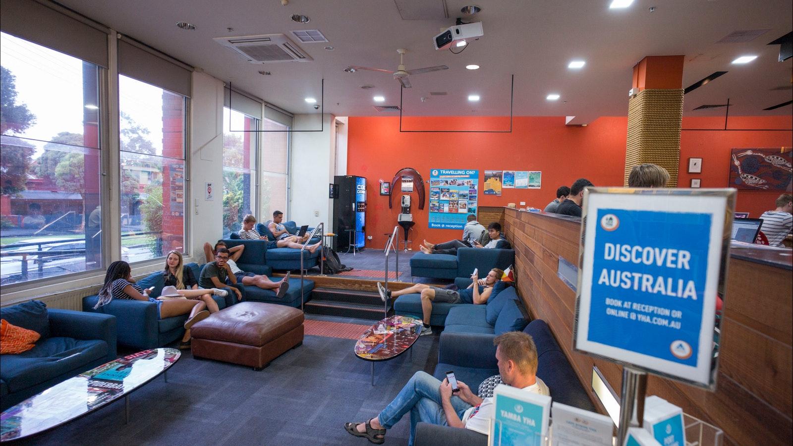Melbourne Metro YHA Lounge