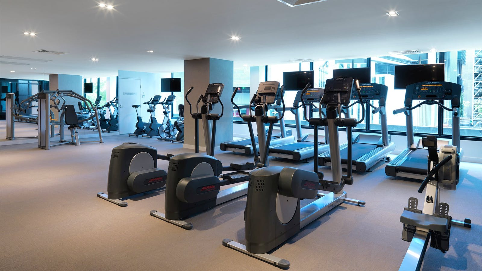 Wyndham Hotel Melbourne fitness with gym facilities
