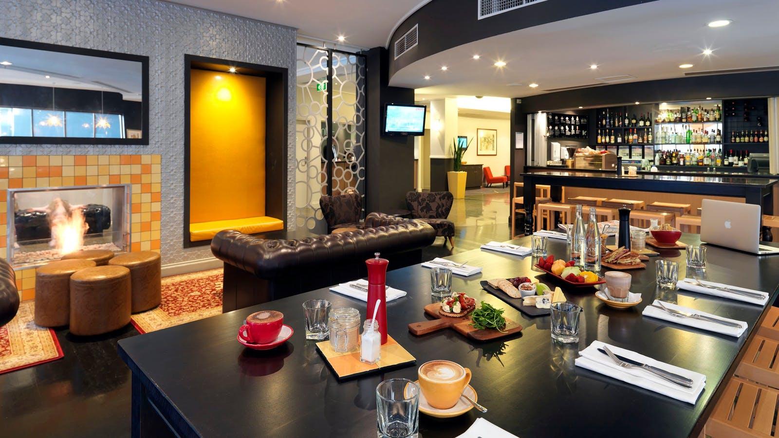 Alibi Kitchen & Bar