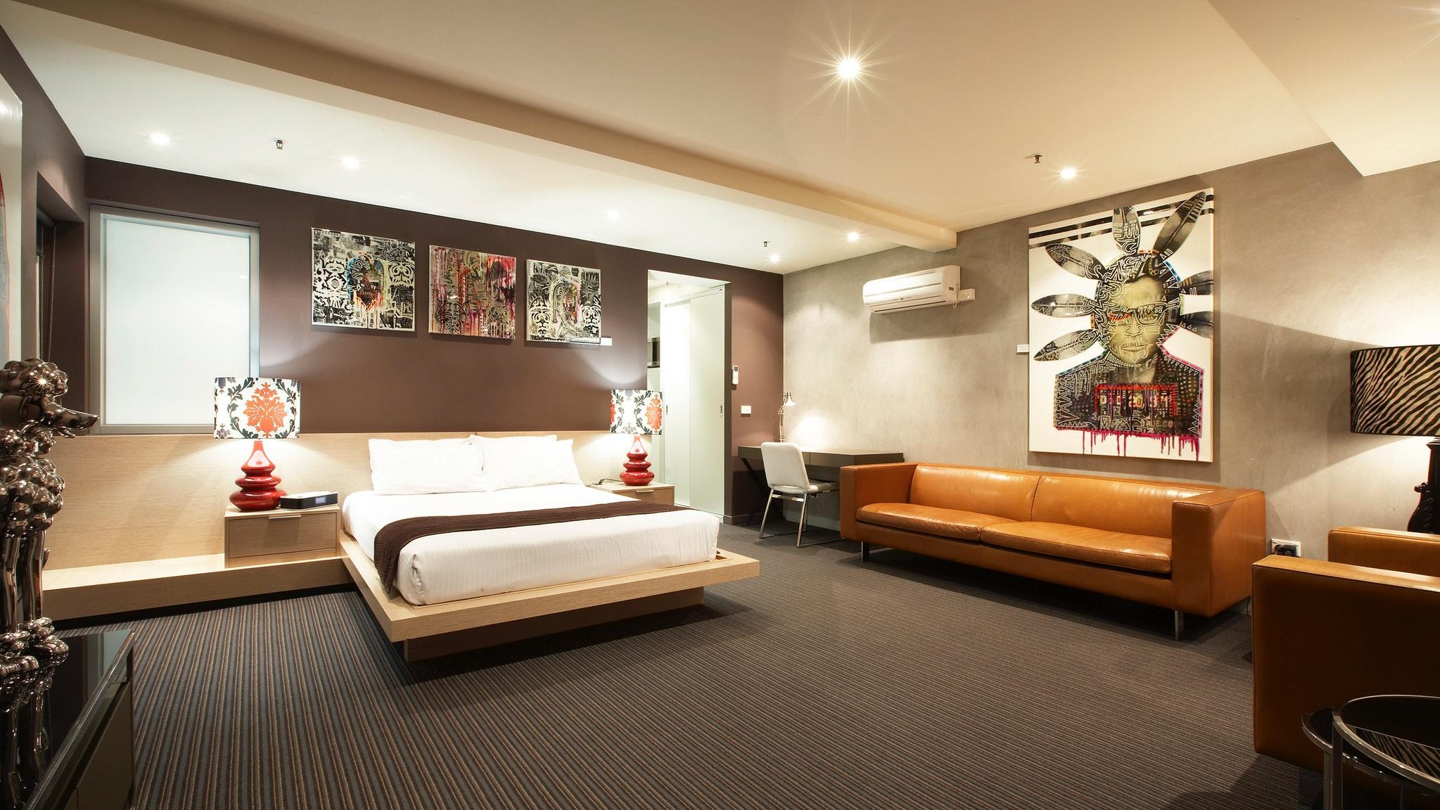 Large modern suite