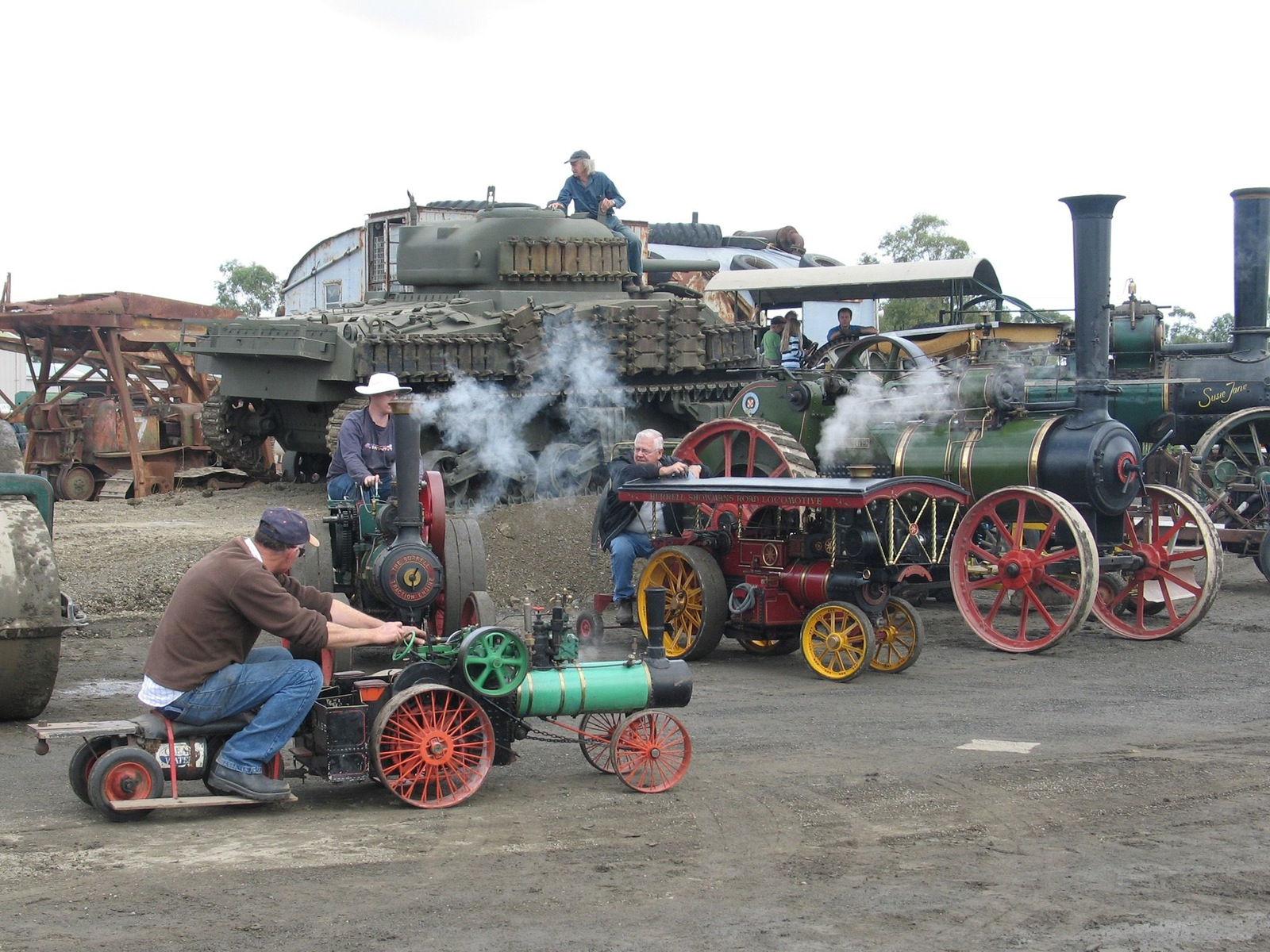 Steam engines of all sizes