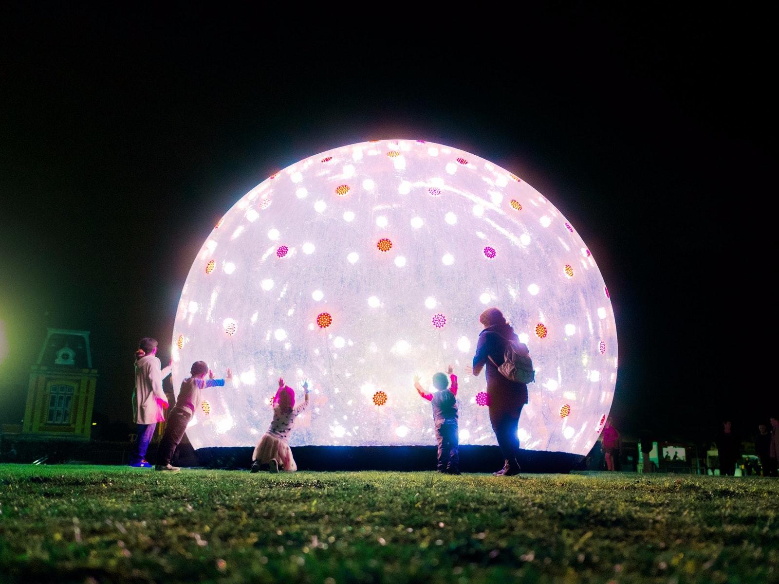 Winter Street Party - Sonic Light Bubble - Weribee City Centre