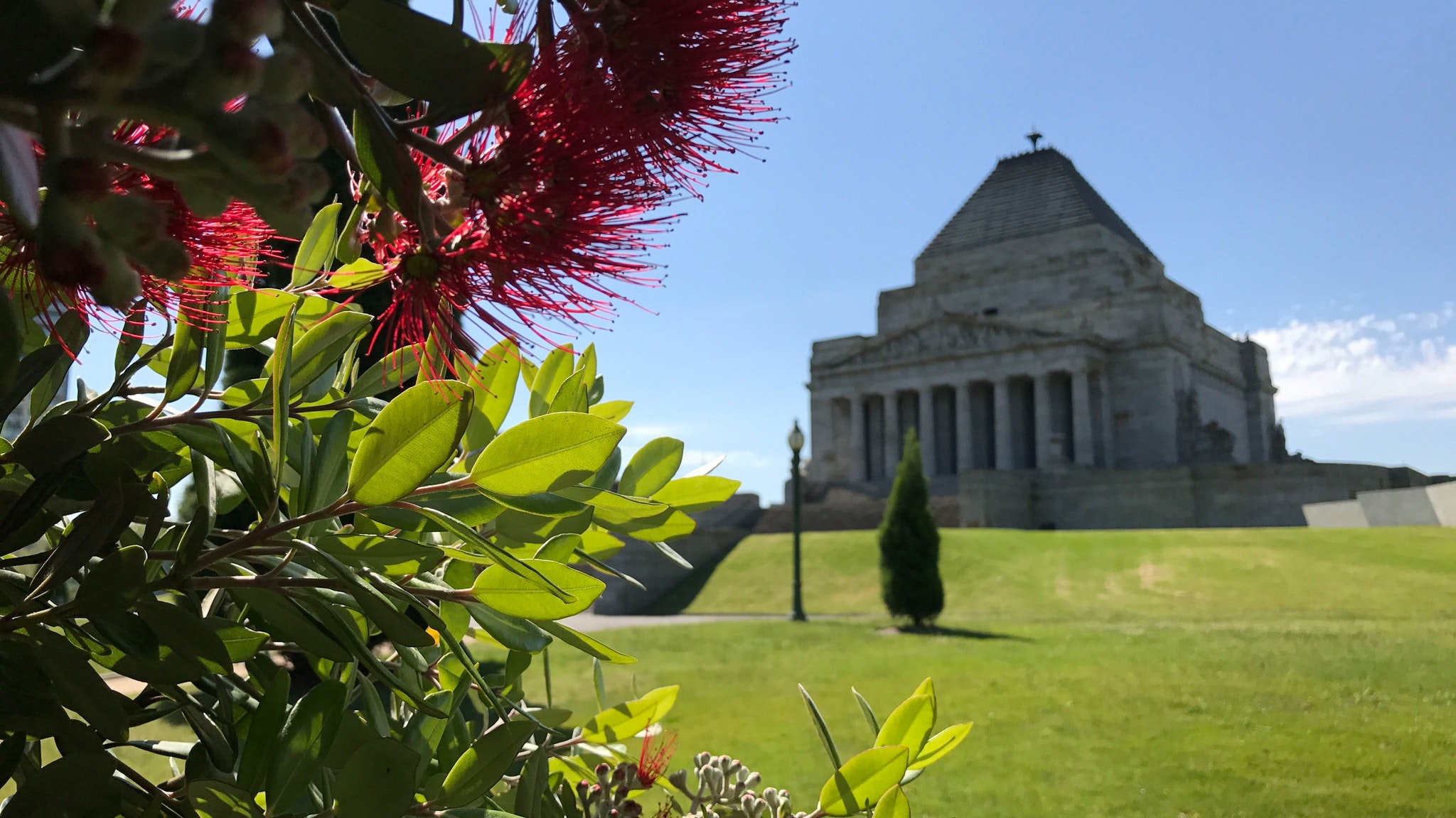 Gardens of Remembrance tour