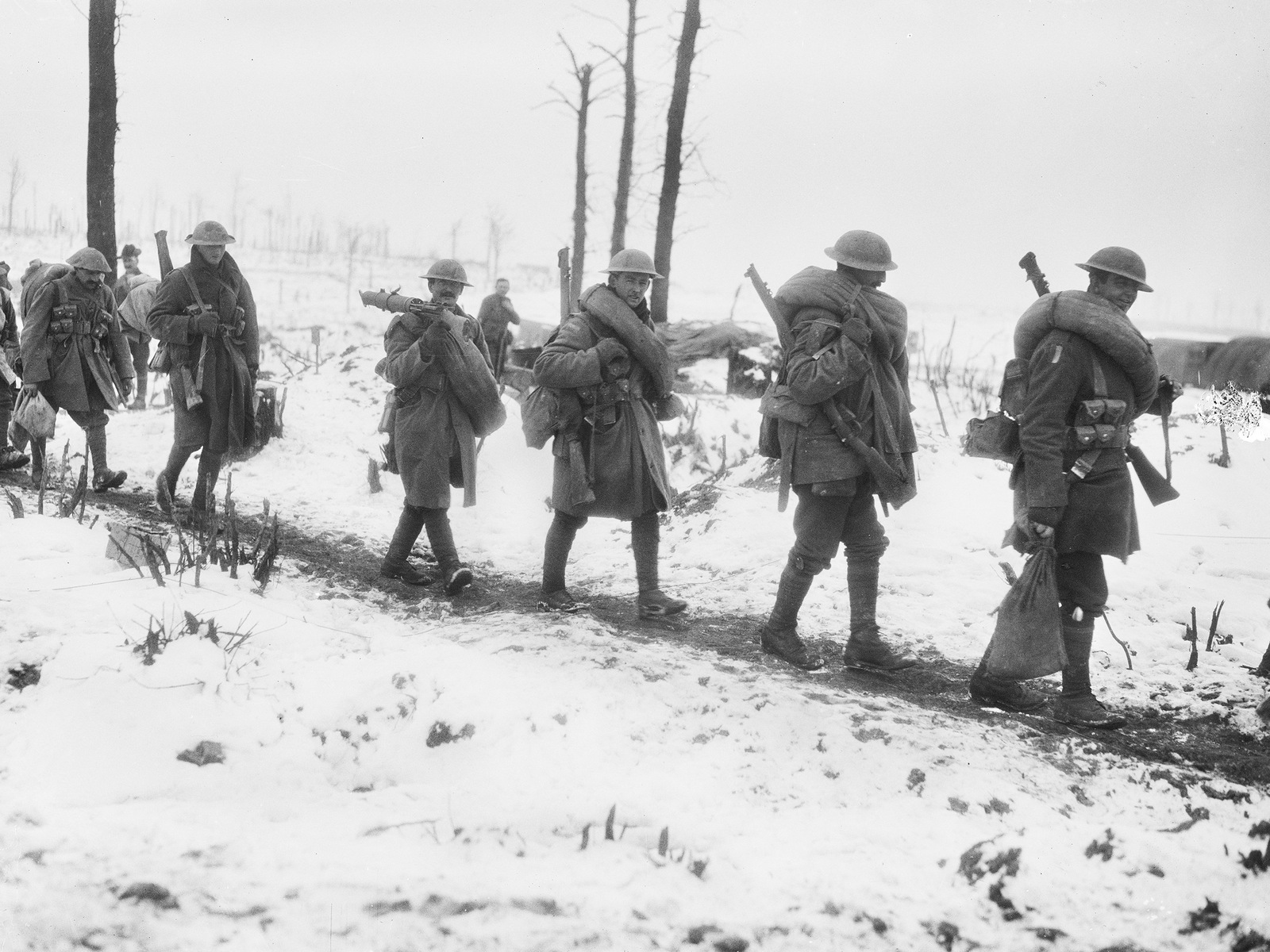 Australian troops on their way to the front January 1917