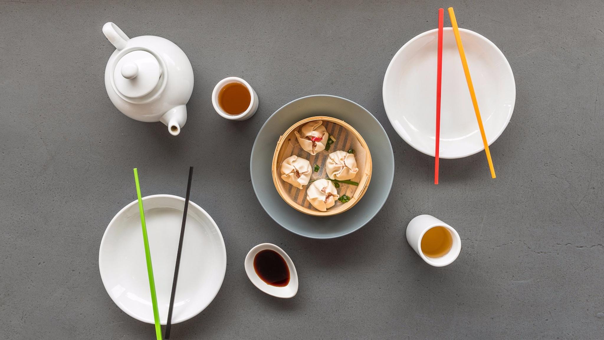 eat dumplings