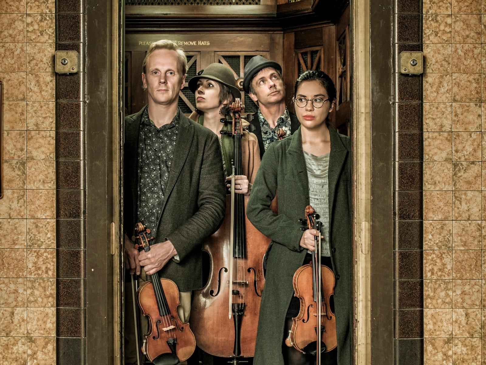 Australian String Quartet: Close Quarters