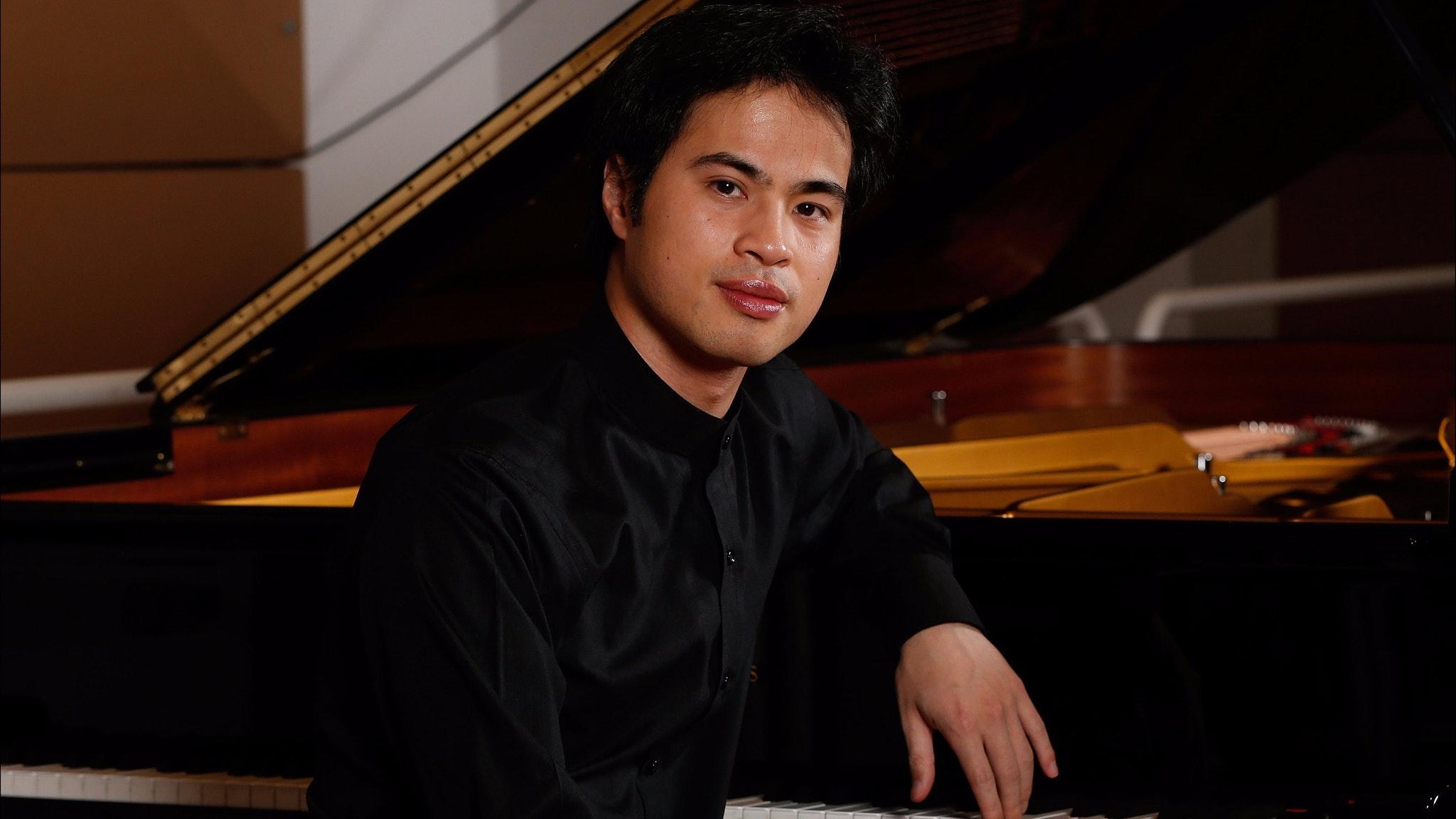 Hoang Pham Concert Pianist