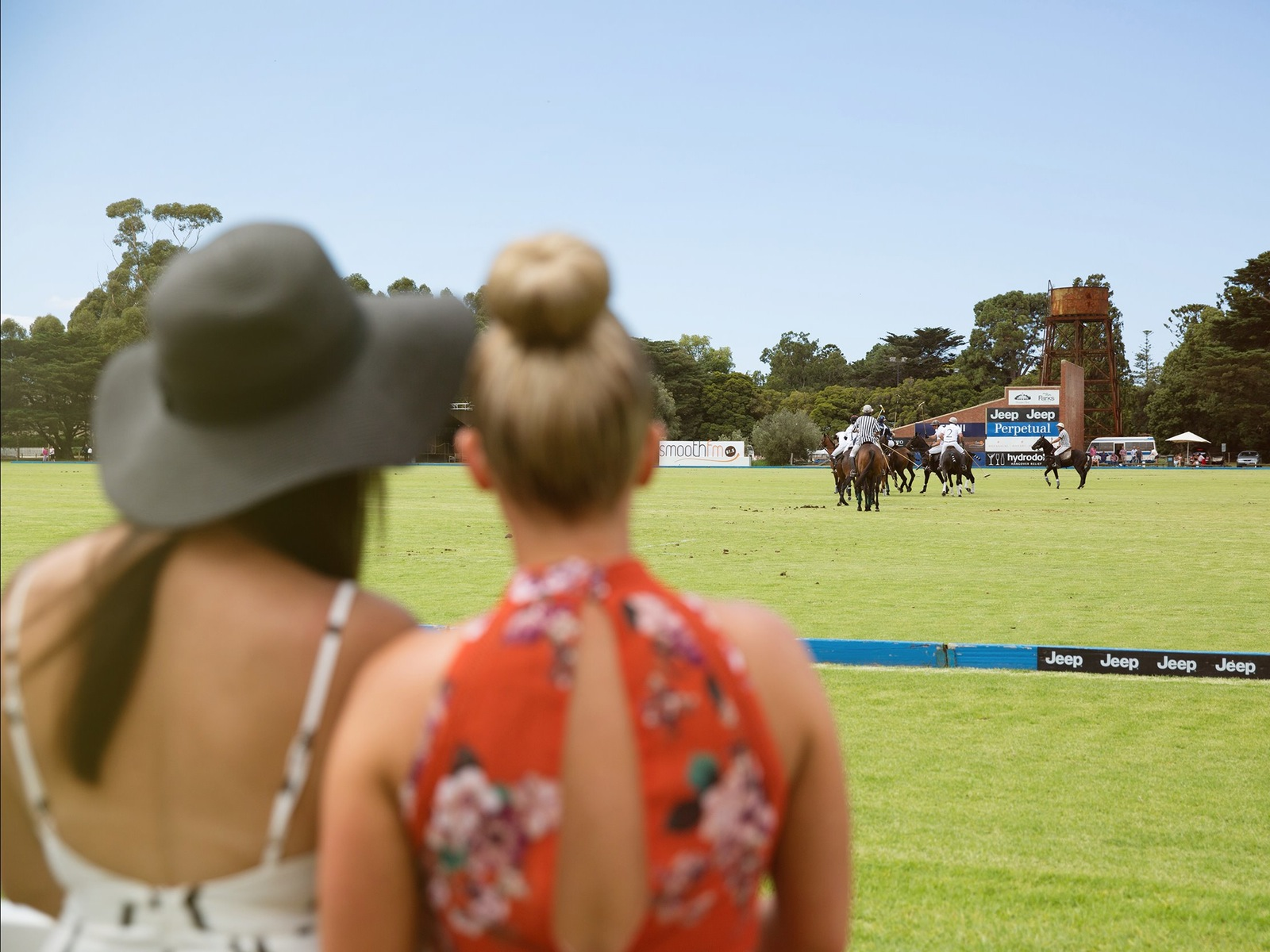 Enjoy a day out at the Alfa Romeo Ladies Day with friends!