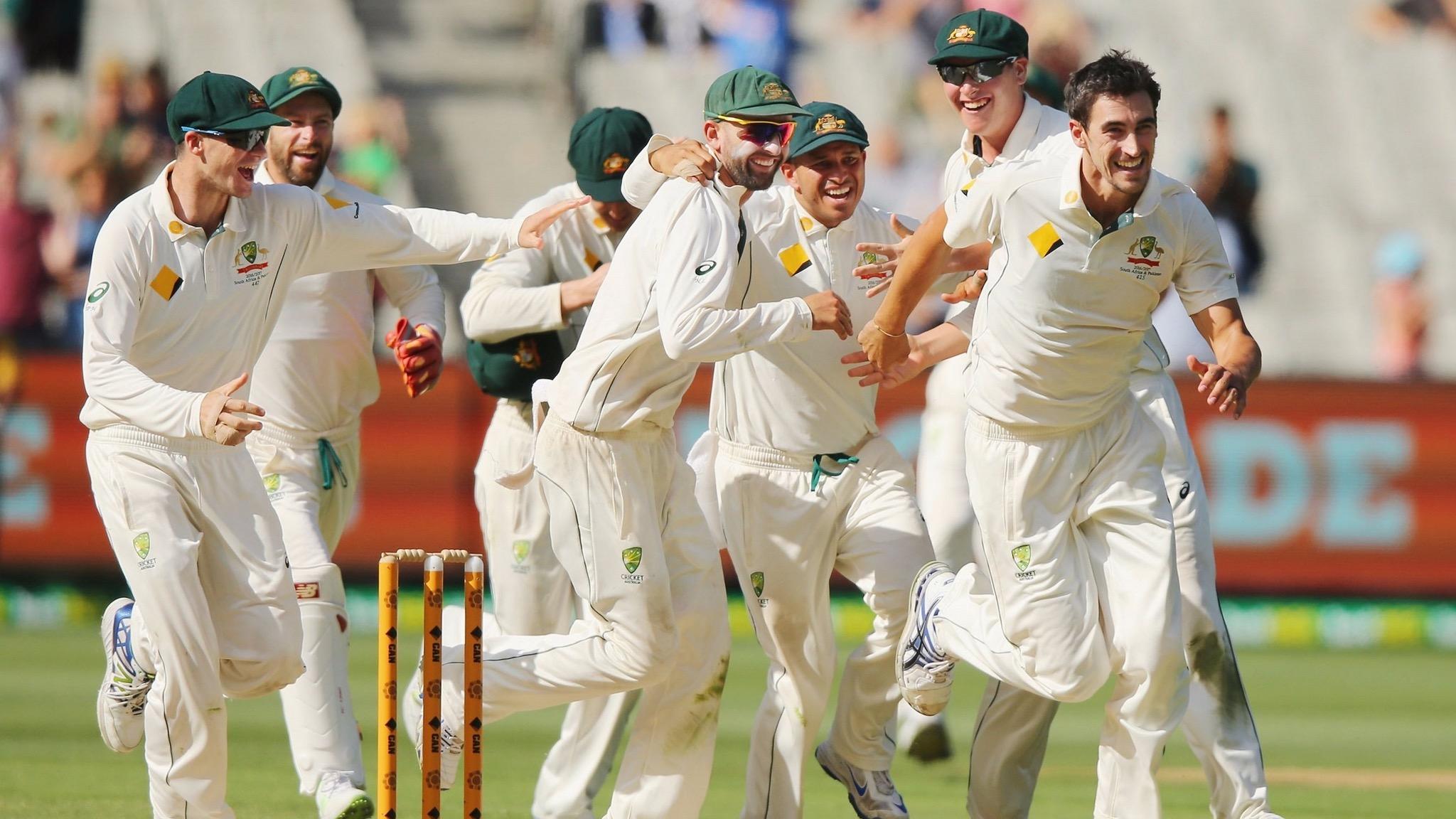 Australian Men's Test team celebrating a wicket,Getty Images/Cricket Australia, Michael Dodge