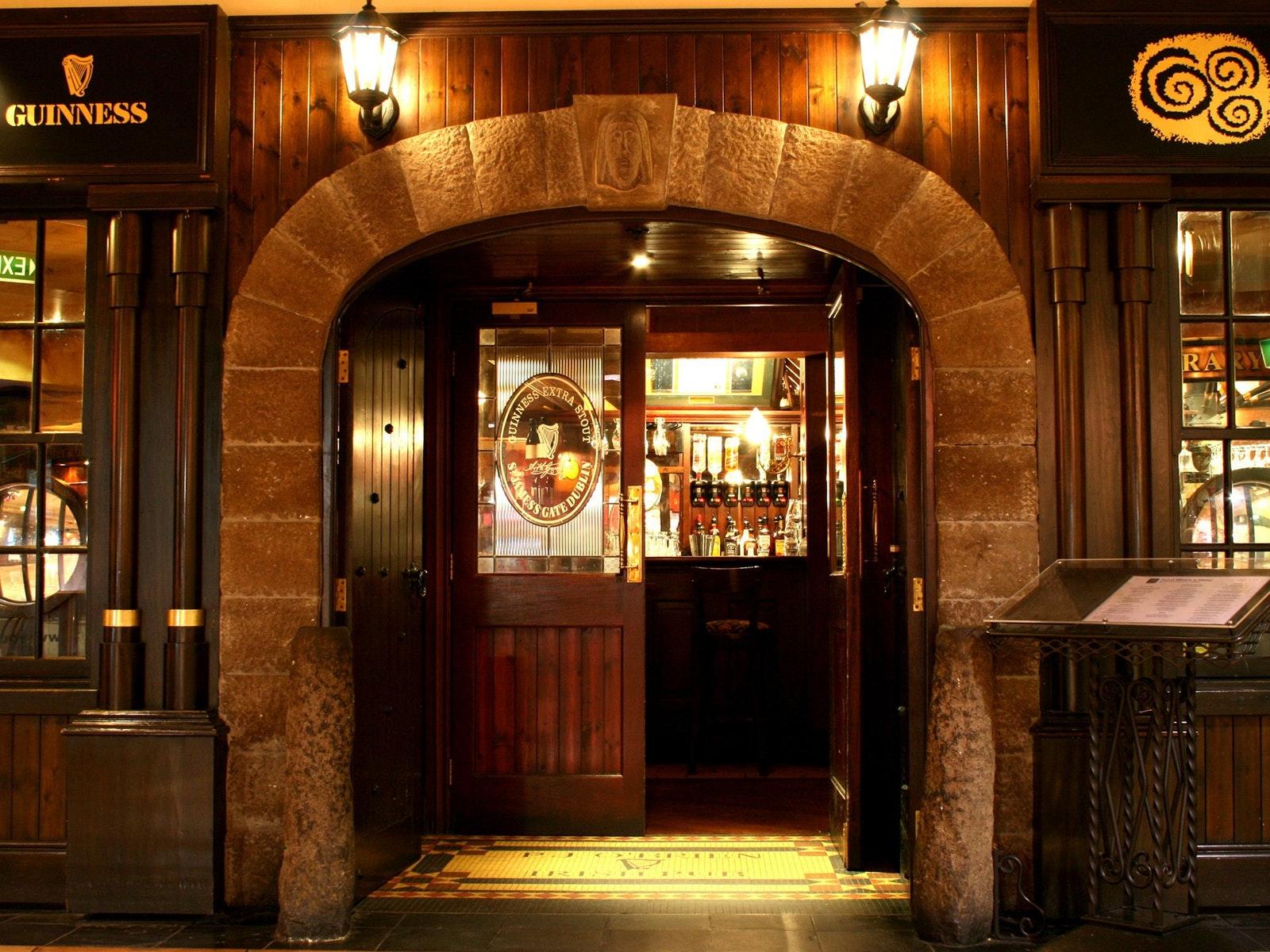 P.J.O'Brien's Irish Pub, Southgate