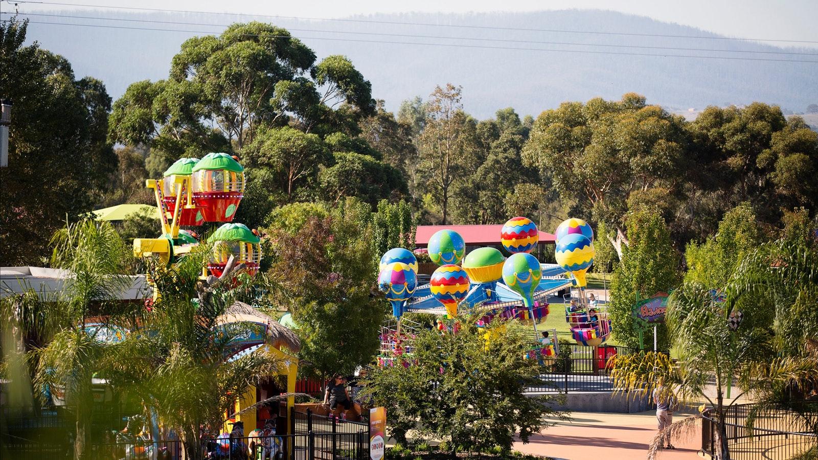 Amusement rides at Funfields
