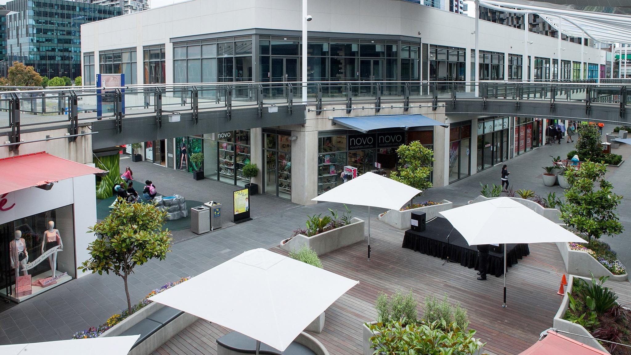 Harbour Town Melbourne Garden Plaza