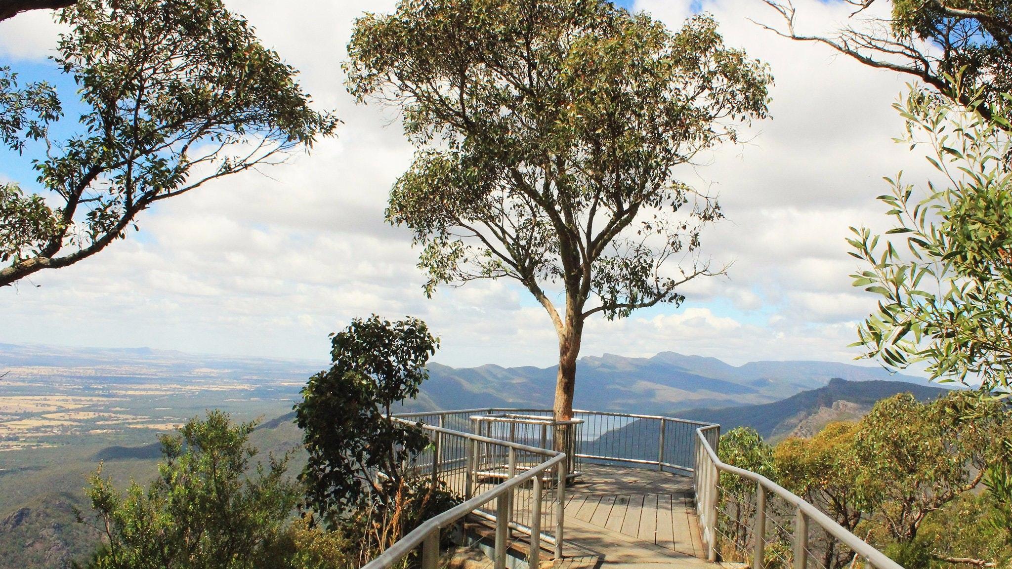 Boroka Lookout, amazing views from Grampians National Park