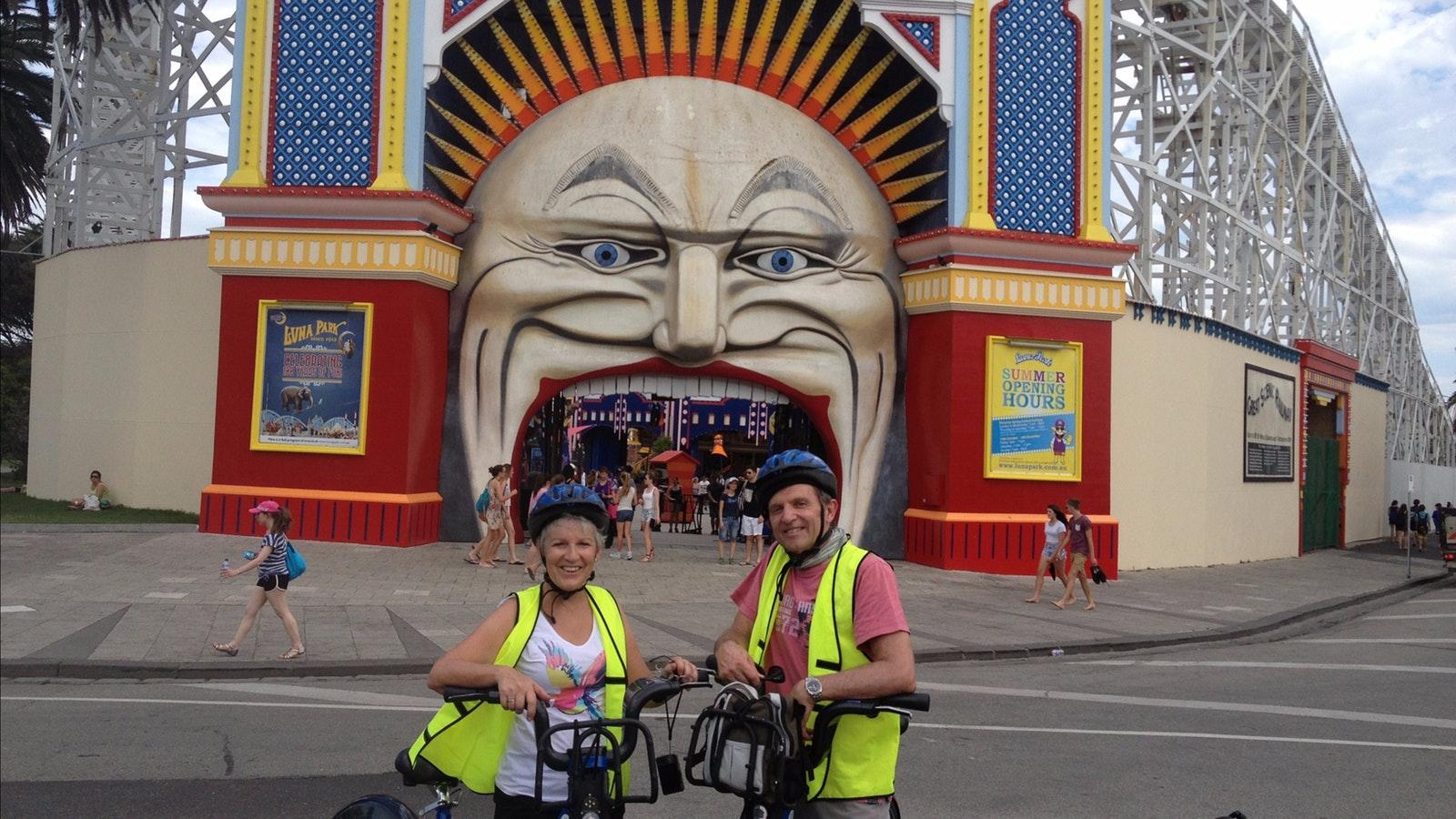 2 guests ride past Luna Park