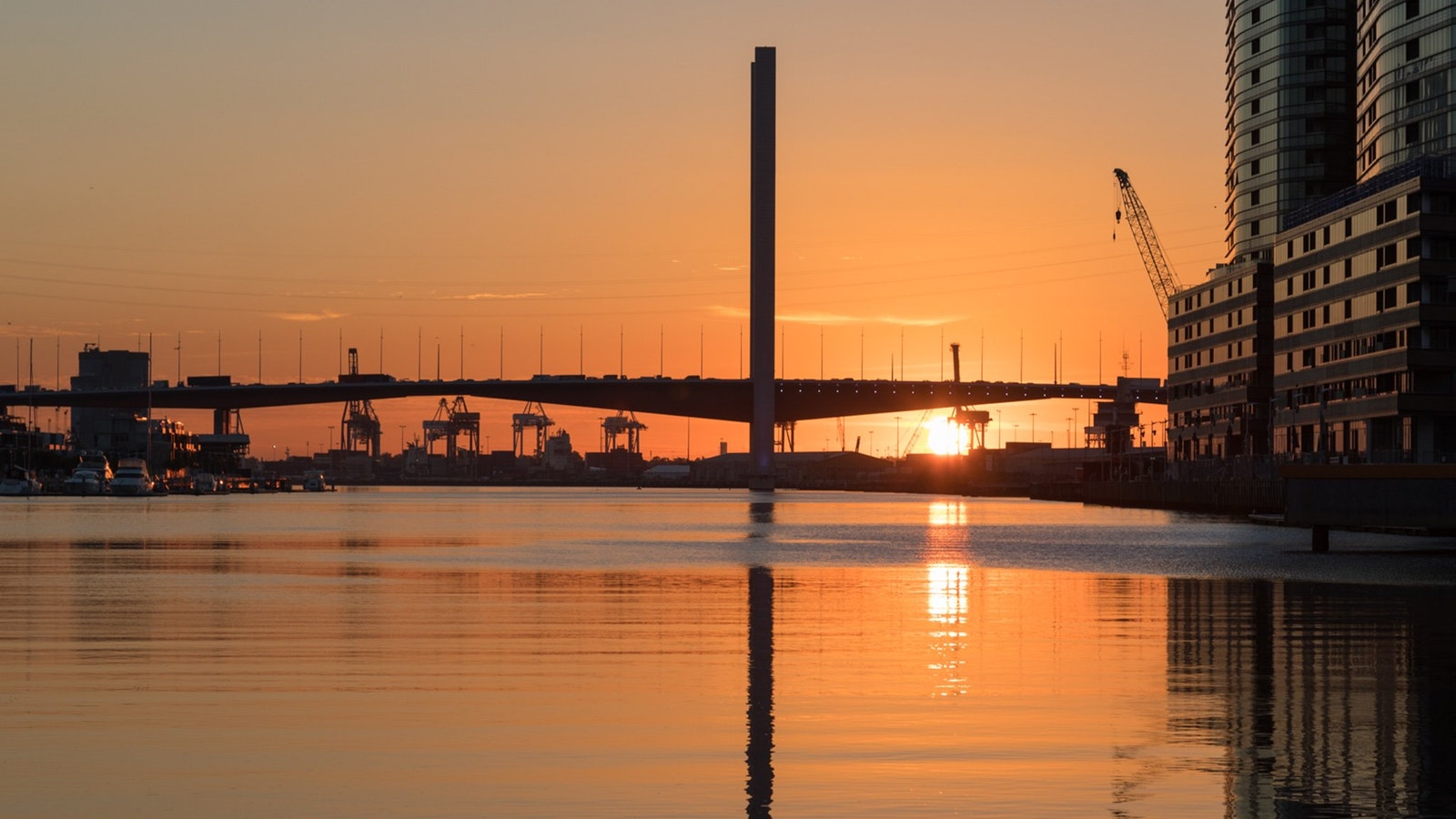 Melbourne romantic sunset cruises - propose to your loved