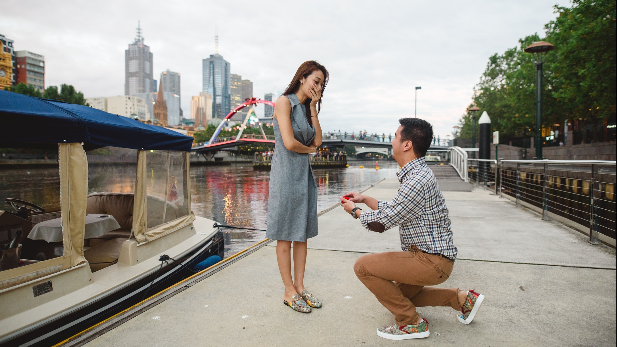 Romantic Proposal ideas Melbourne - enjoy a memorable engeagement to your loved on