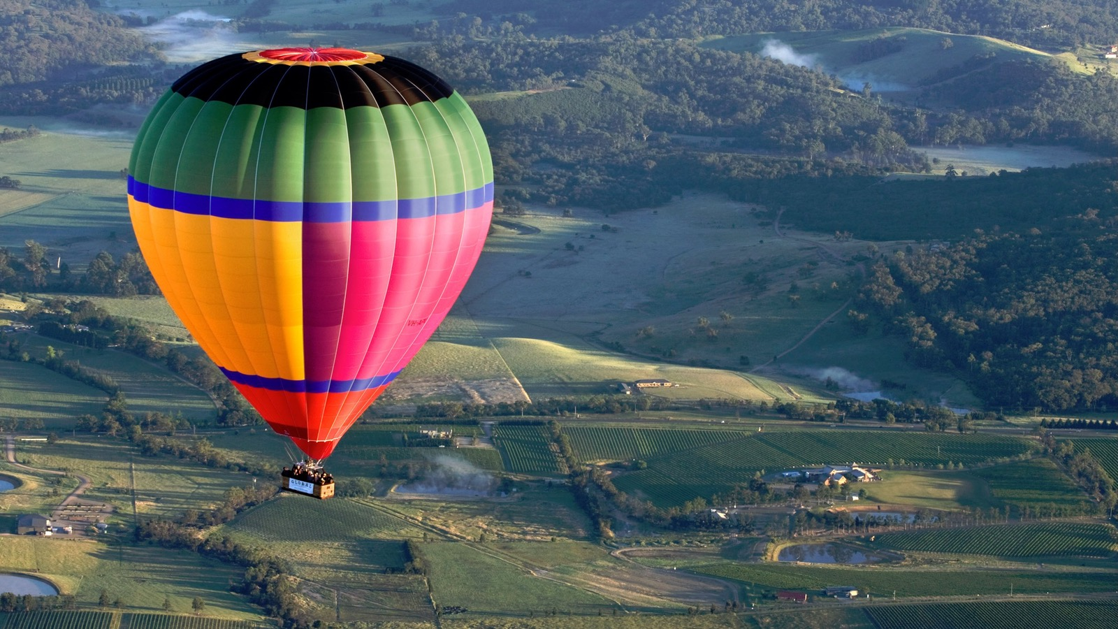 Over melbourne picture of global ballooning melbourne and yarra -  Yarra Valley Hot Air Balloon
