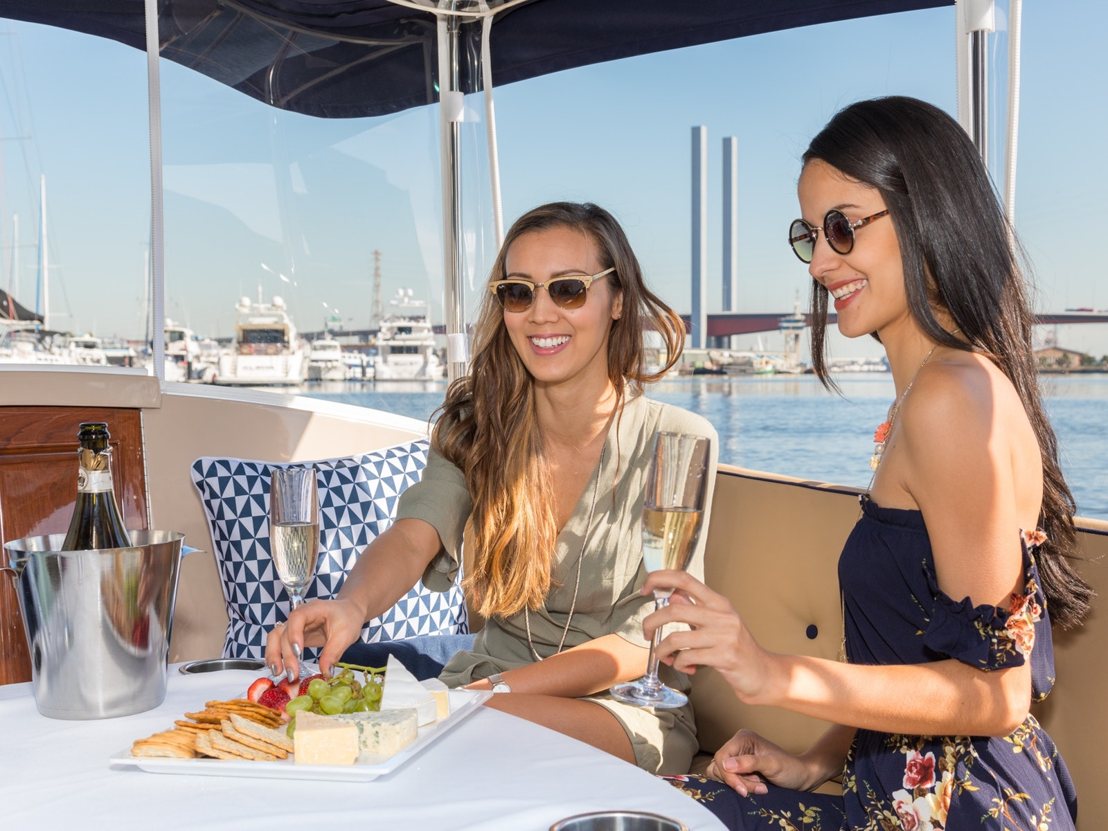 Luxury private Yarra River cruises