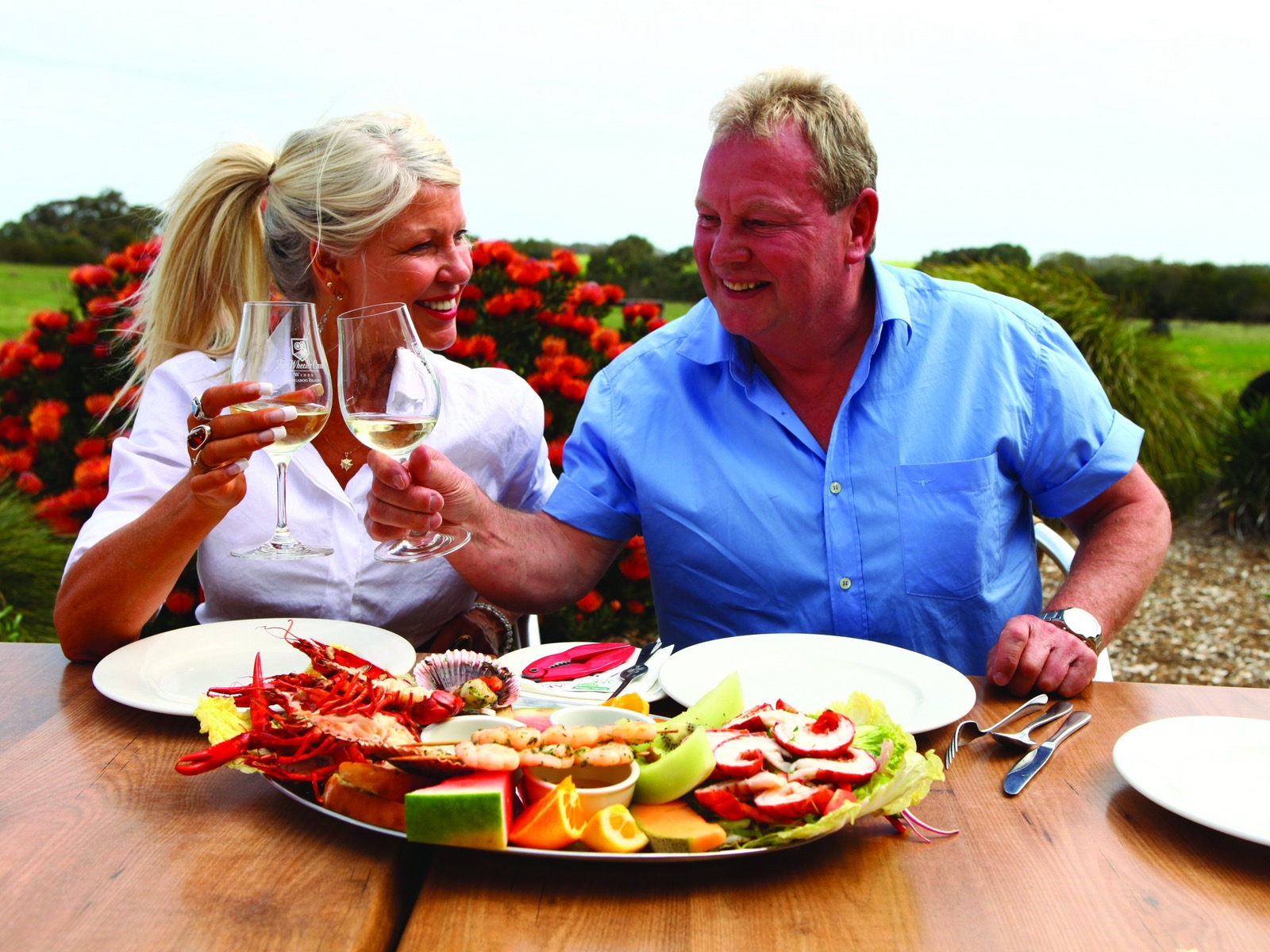 AAT Kings guests enjoying food and wine on Kangaroo Island