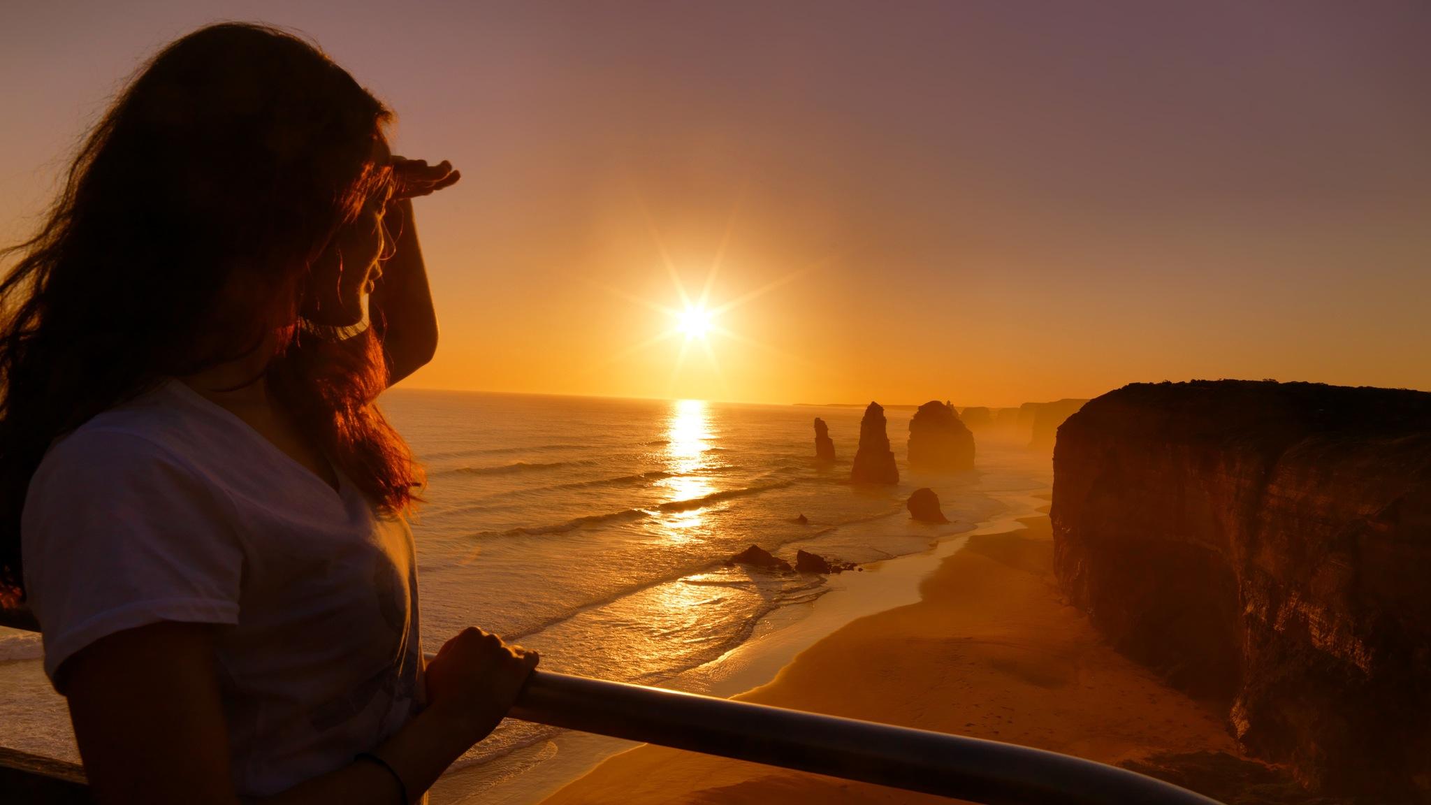 Sunset at the iconic Twelve Apostles
