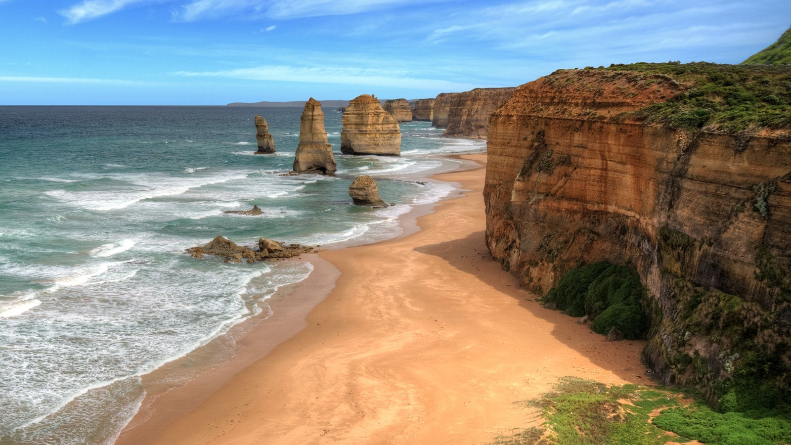 Capture the iconic 12 Apostles in all its glory on the Great Ocean Road Tour, Port Campbell