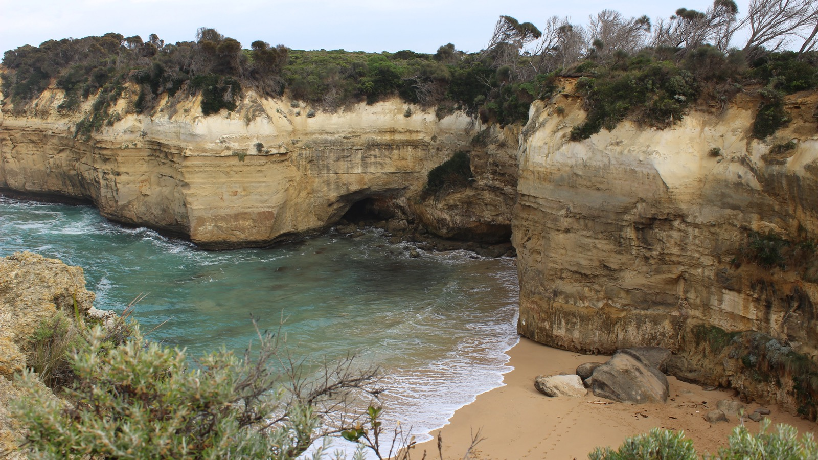 Ship Wrecks and Stories on tour - the aussie bloke way