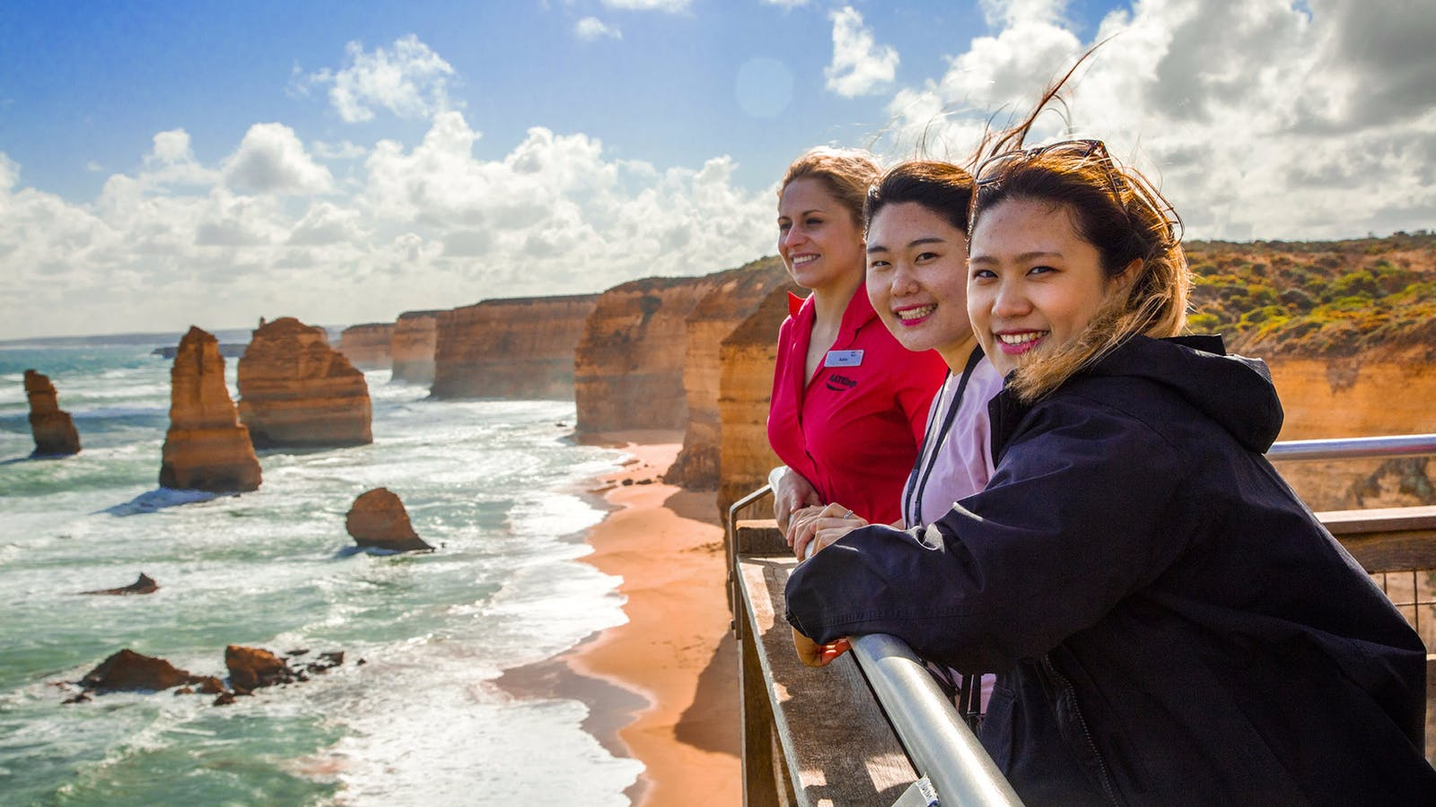 AAT Kings guide and guest at the Twelve Apostles