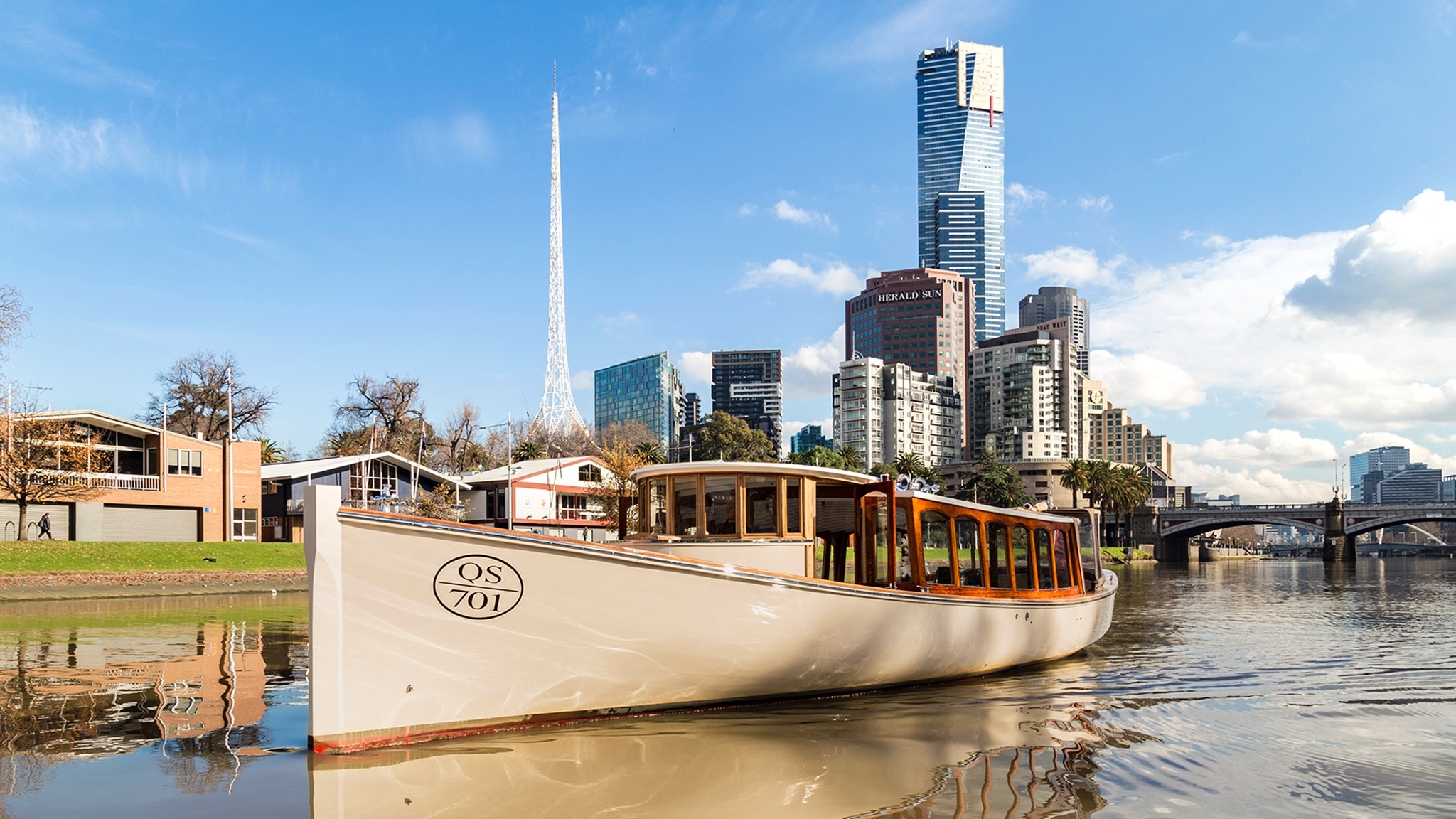 Yarra River cruises Melbourne, hire a boat charter in Melbourne