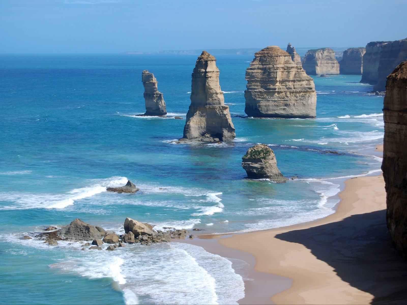 Iconic 12 Apostles Great Ocean Road