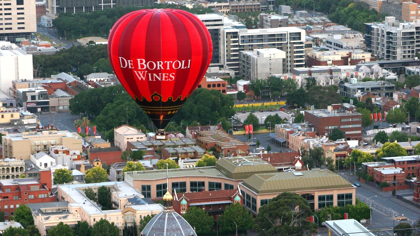 DeBortoli balloon over Melbourne