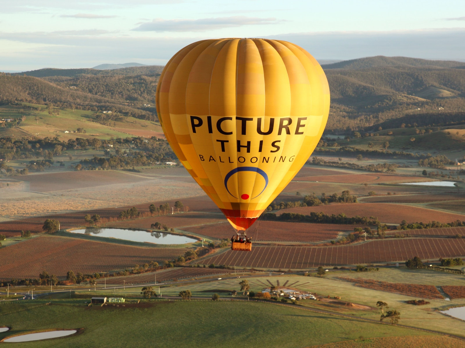 Yarra Valley hot air ballooning