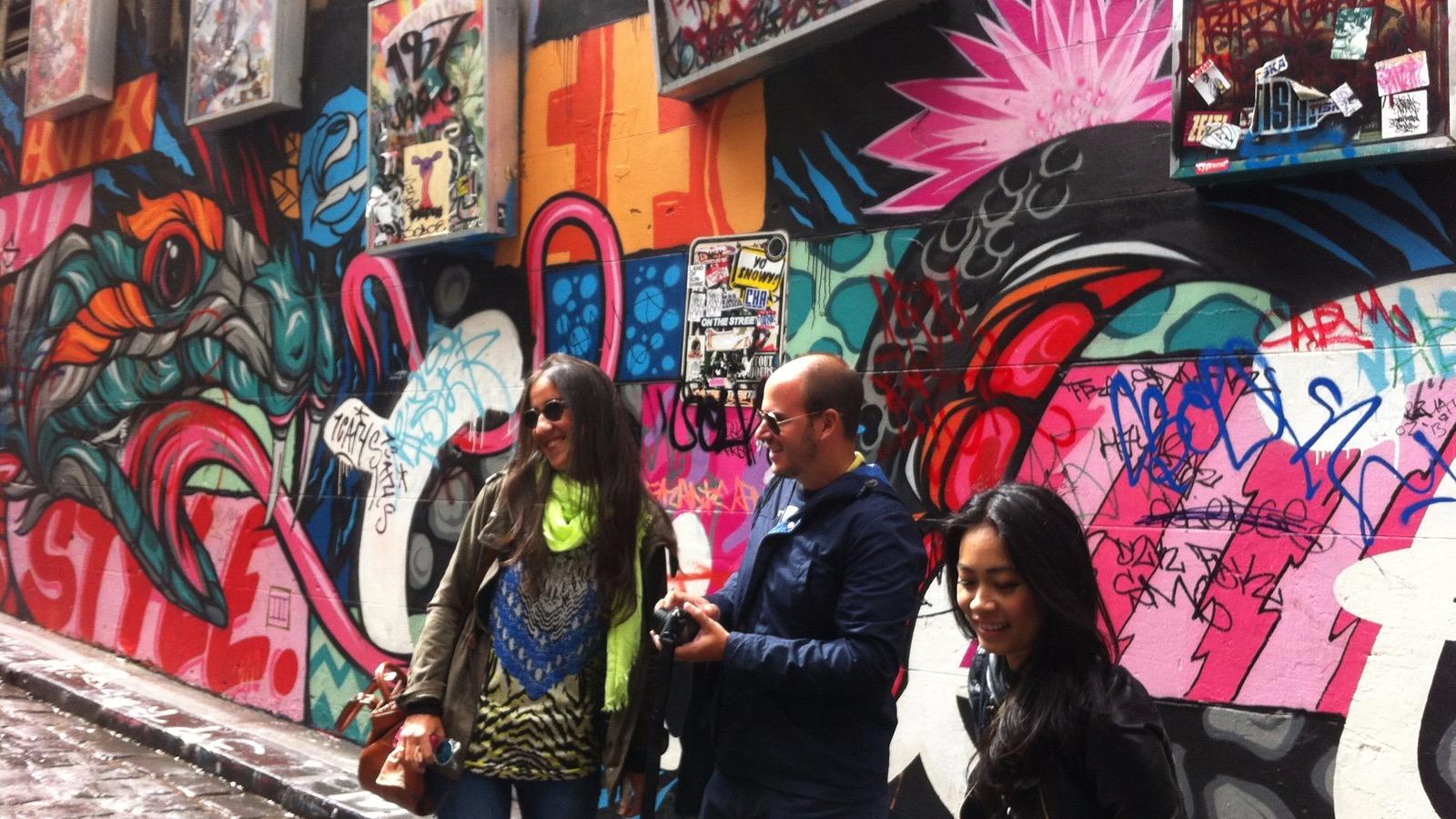 Groups visiting Hosier Lane