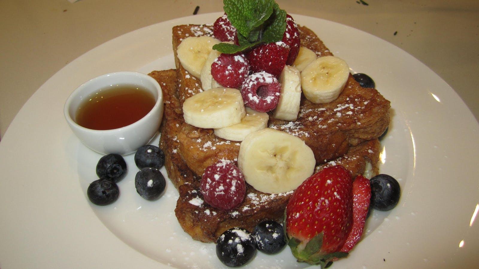 breakfast at Plantation House