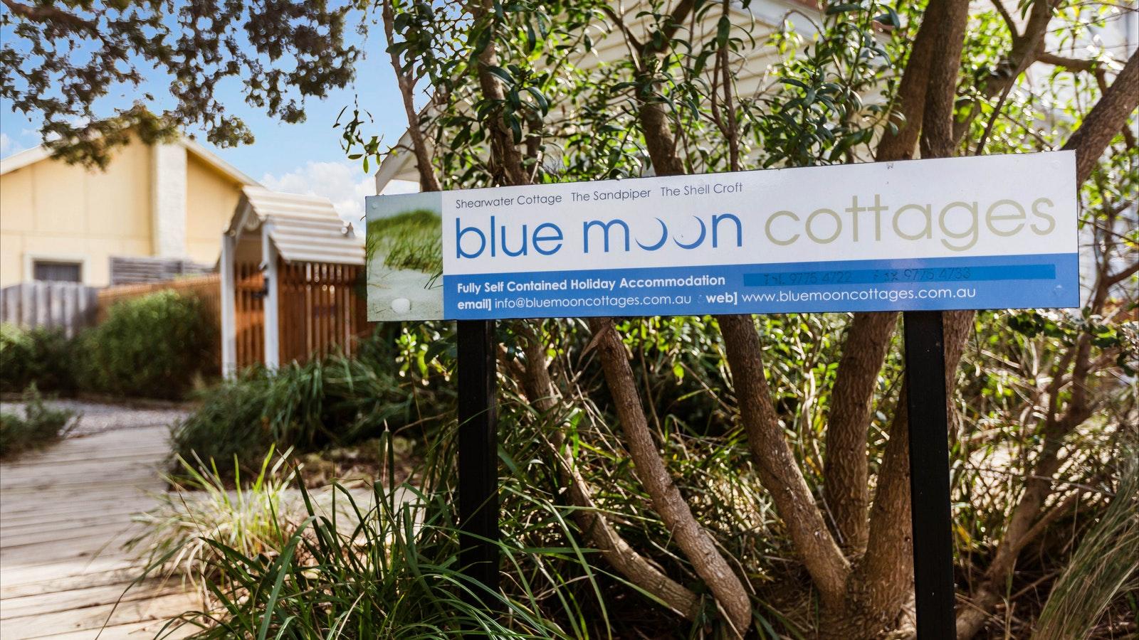 Blue Moon Cottages - Award Winning Accommodation
