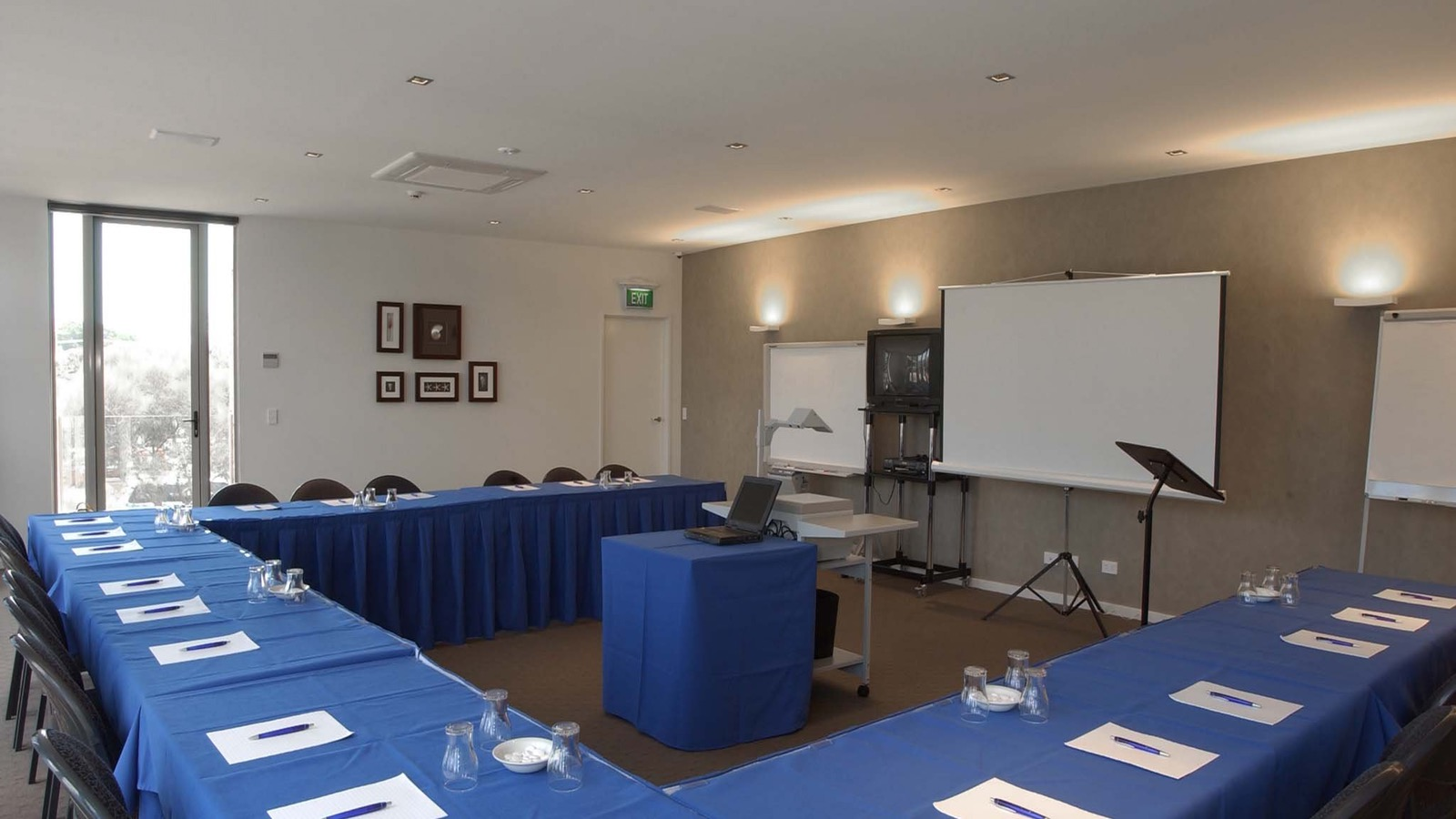 Modern conference room with facilities and full catering