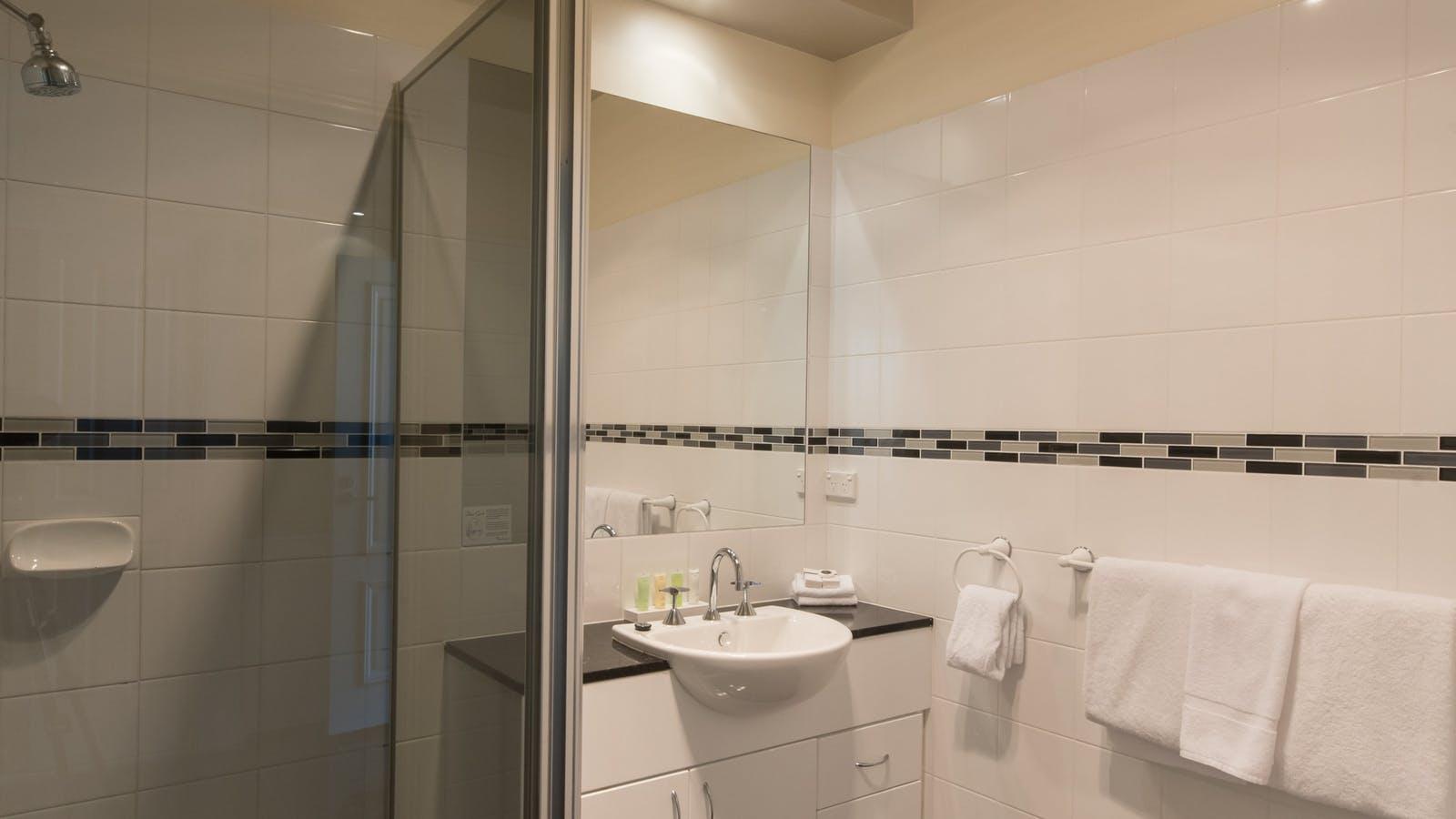 Ensuite shower bathrooms