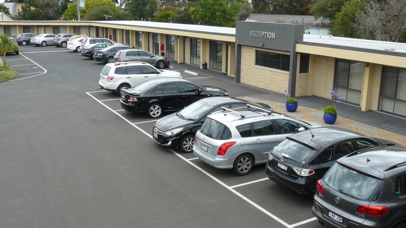 Plenty of free car parking.. Dromana - The Bay Motel