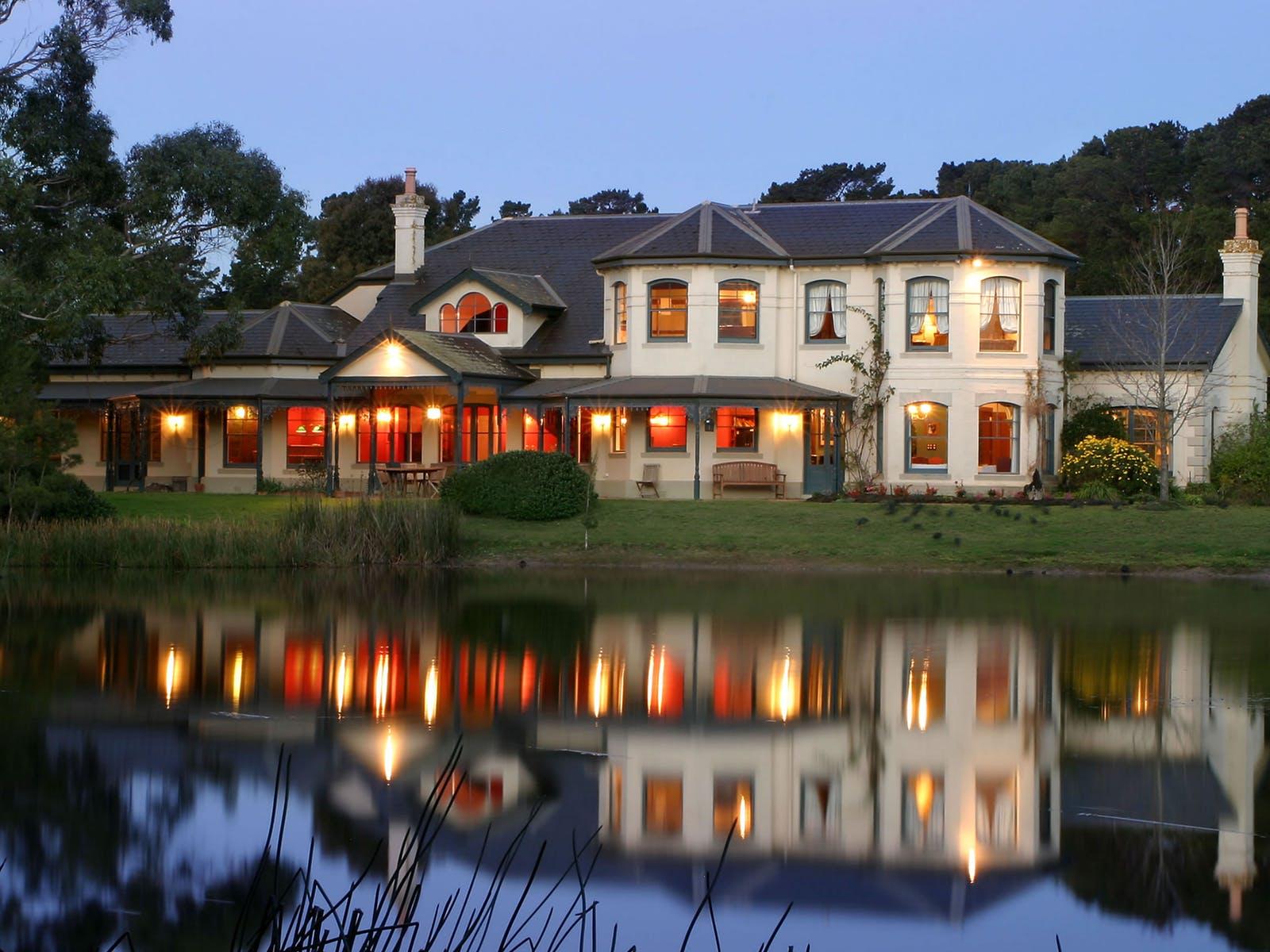 Manor House at Woodman Estate
