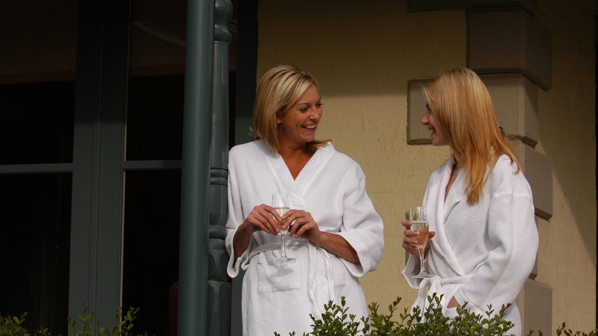 Woodman Estate - Two Ladies at Wellness Retreat