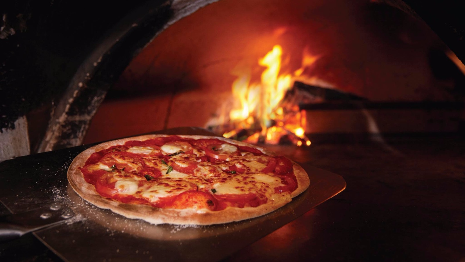 mornington peninsula brewery wood-fired pizza