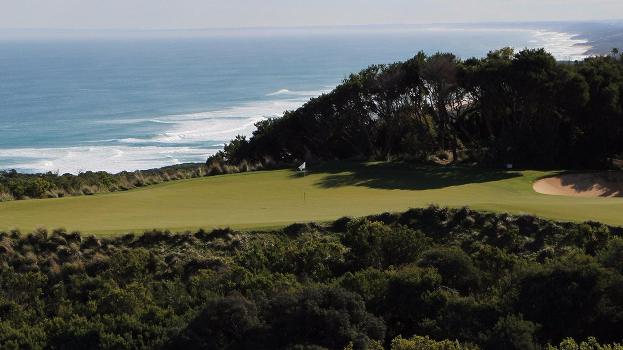 the national golf club attraction mornington peninsula. Black Bedroom Furniture Sets. Home Design Ideas