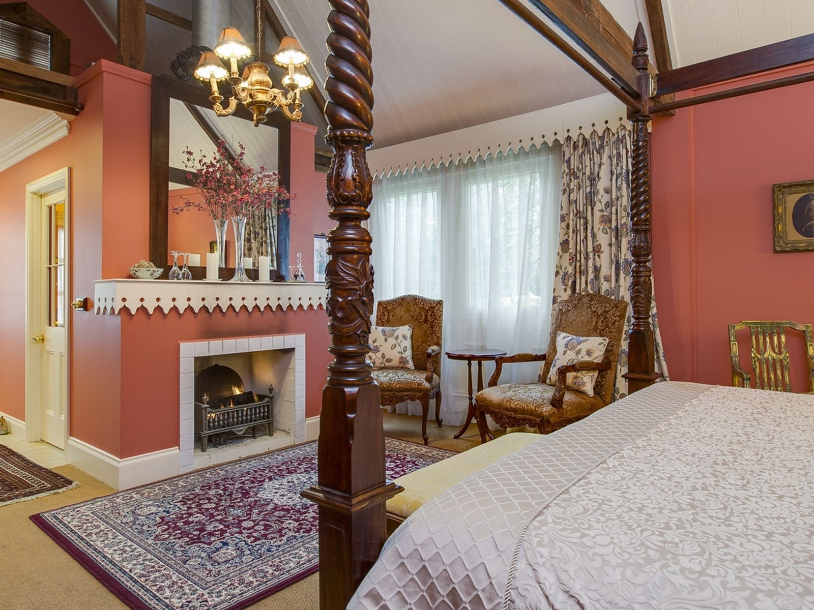 The Anderson Heritage Suite - Historic Accommodations