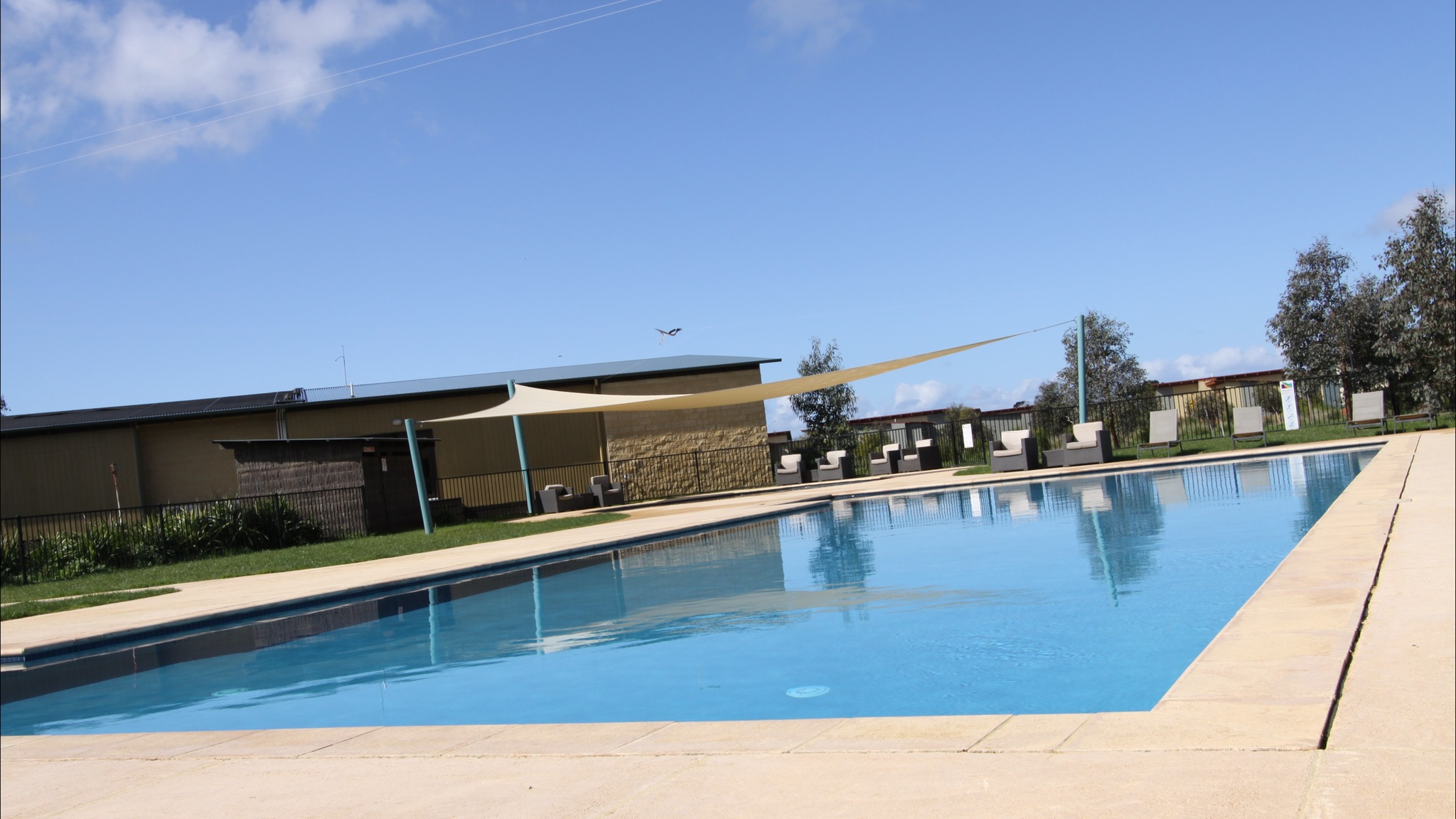 Ramada Resort Phillip Island swimming pool