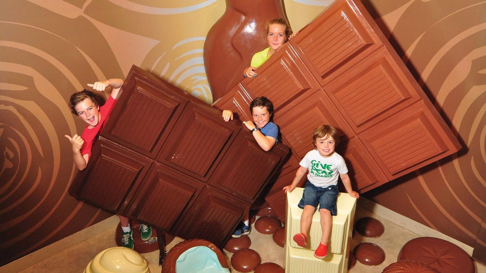 Pannys Giant Chocolate Photo Room