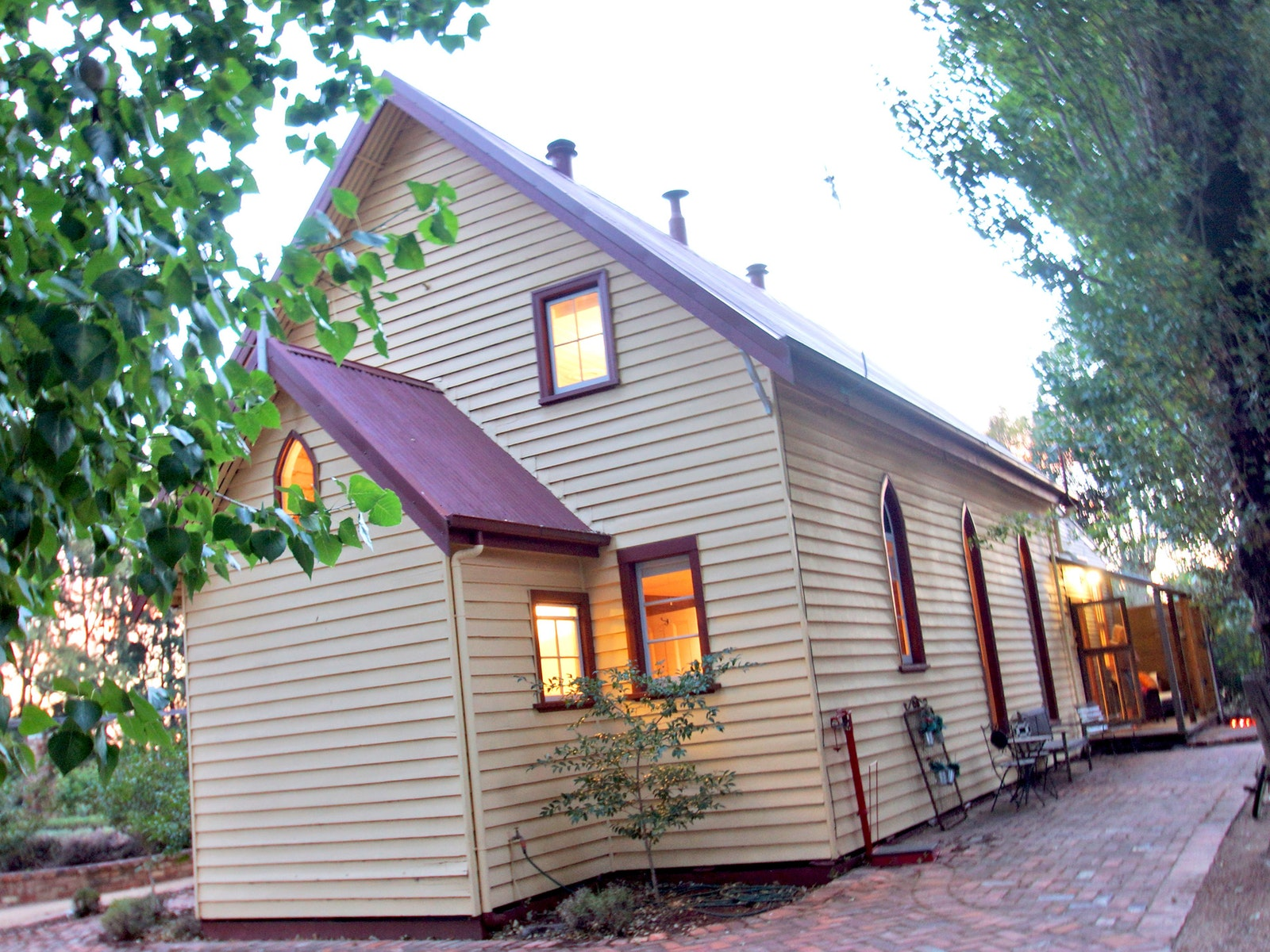 The Churches is on a gorgeous rural property five minutes from the heart of Shepparton