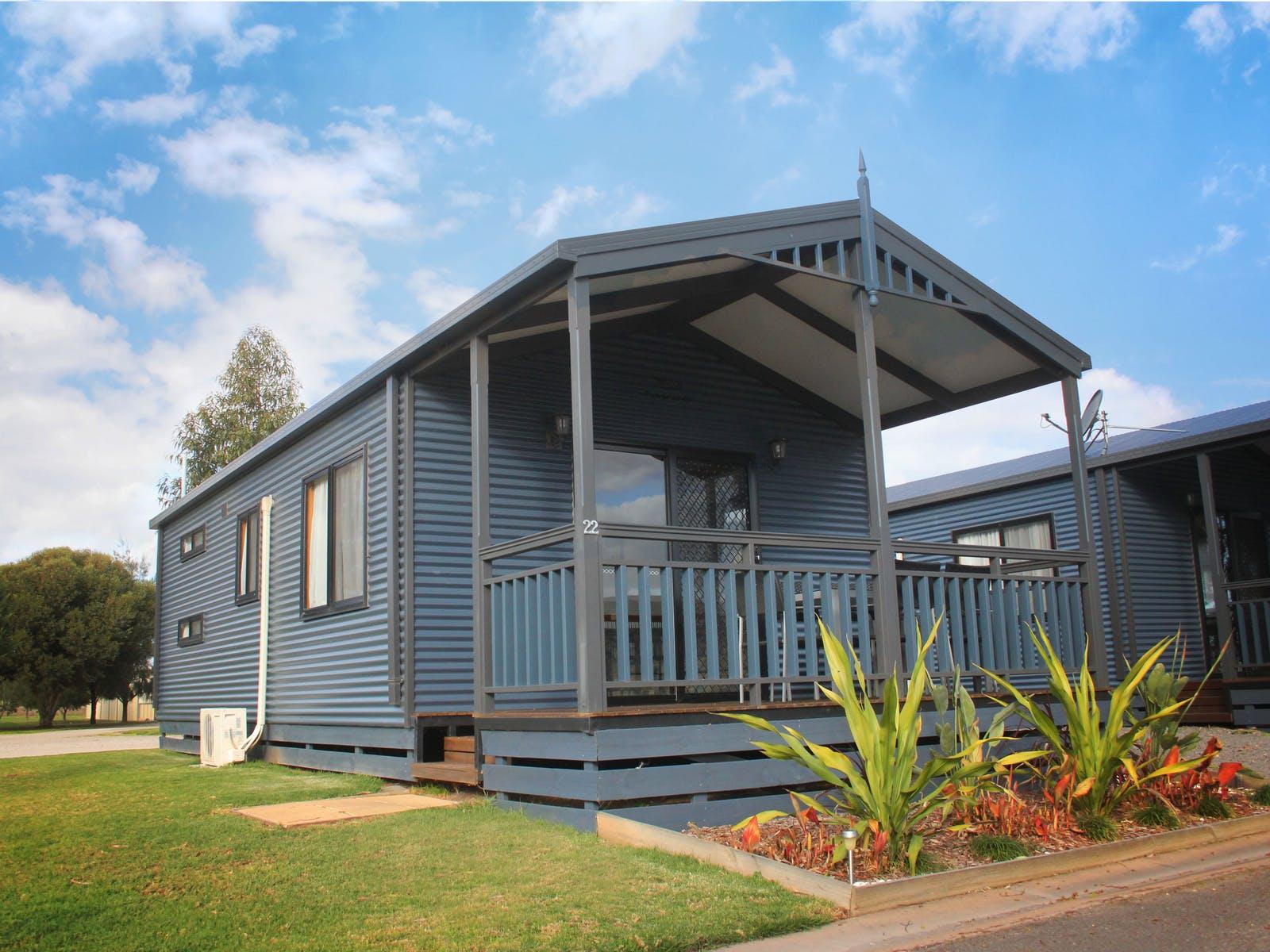 BIG4 Swan Hill Superior Cabin