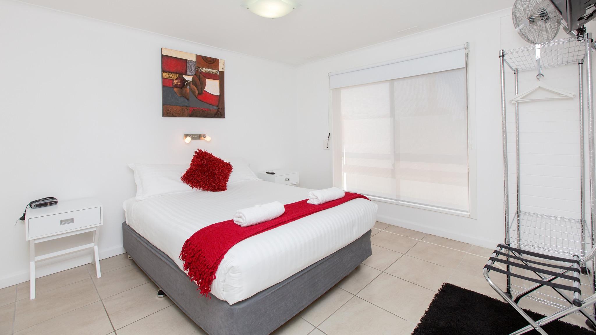 Mildura Holiday Villas - Villa 7 Bedroom