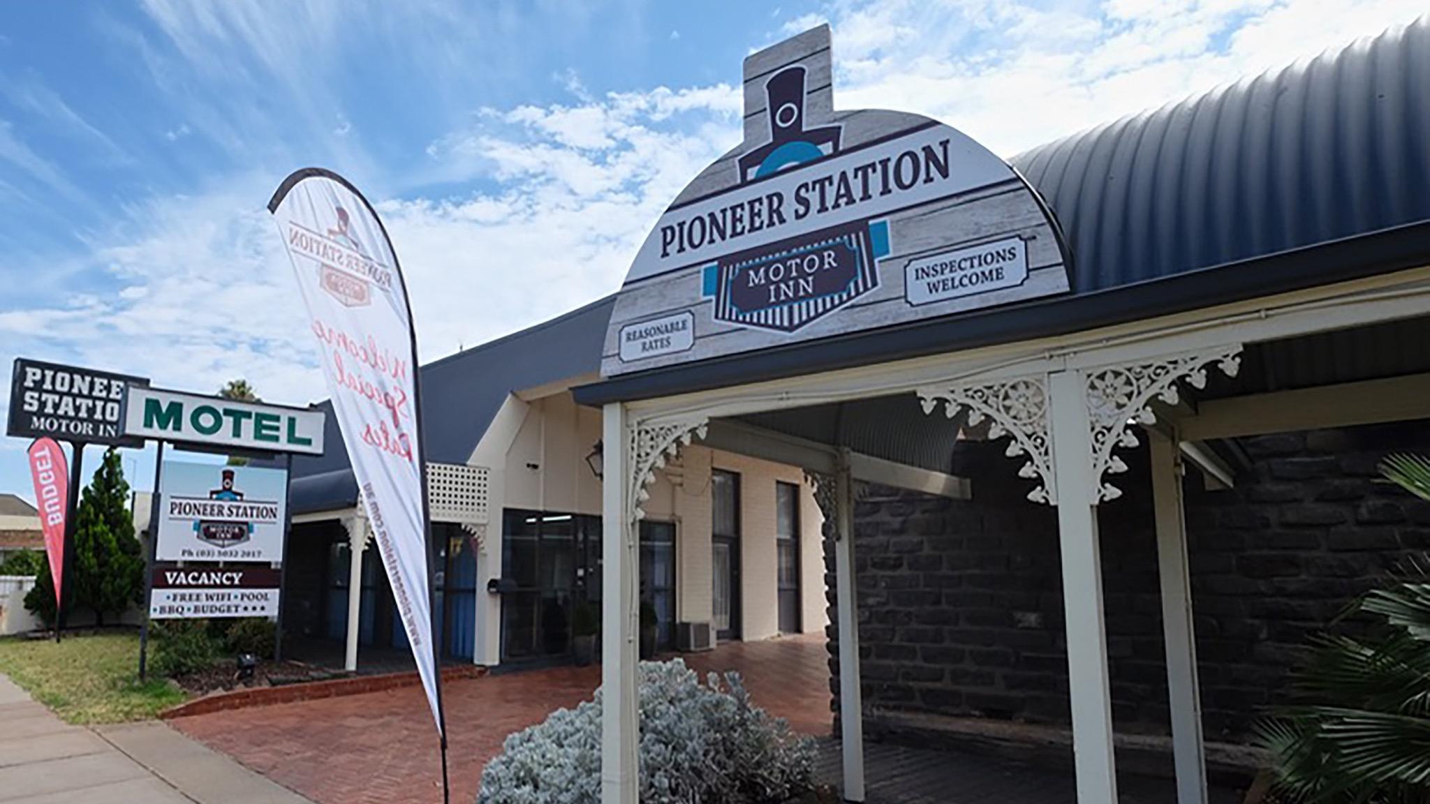 Pioneer Station Motor Inn